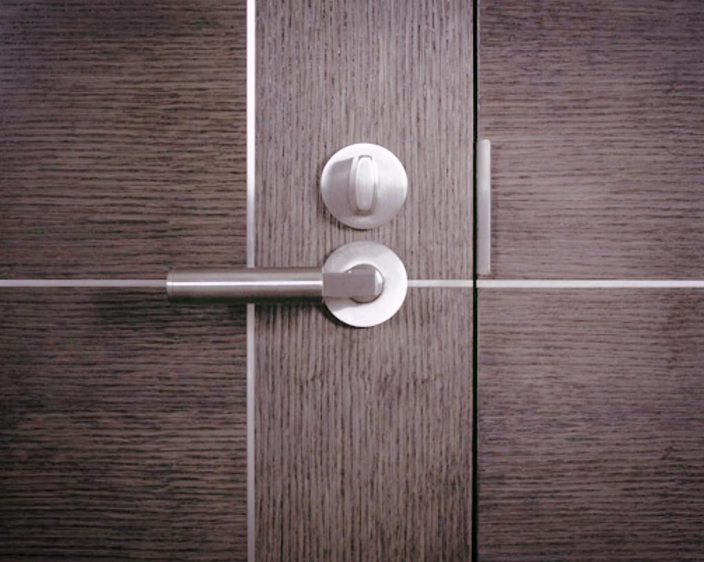 andmasters-door