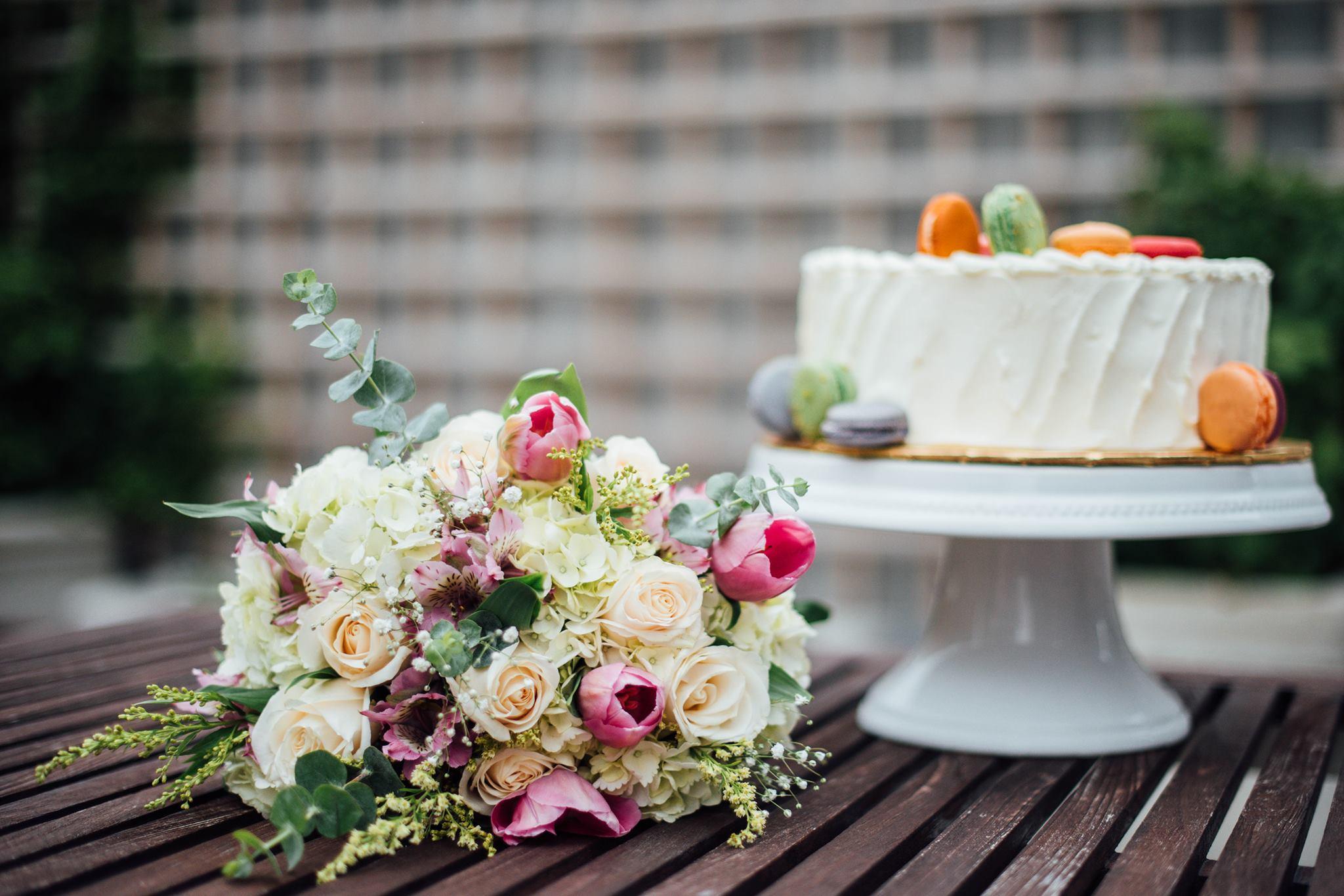 Bouquet & crown (3).jpg