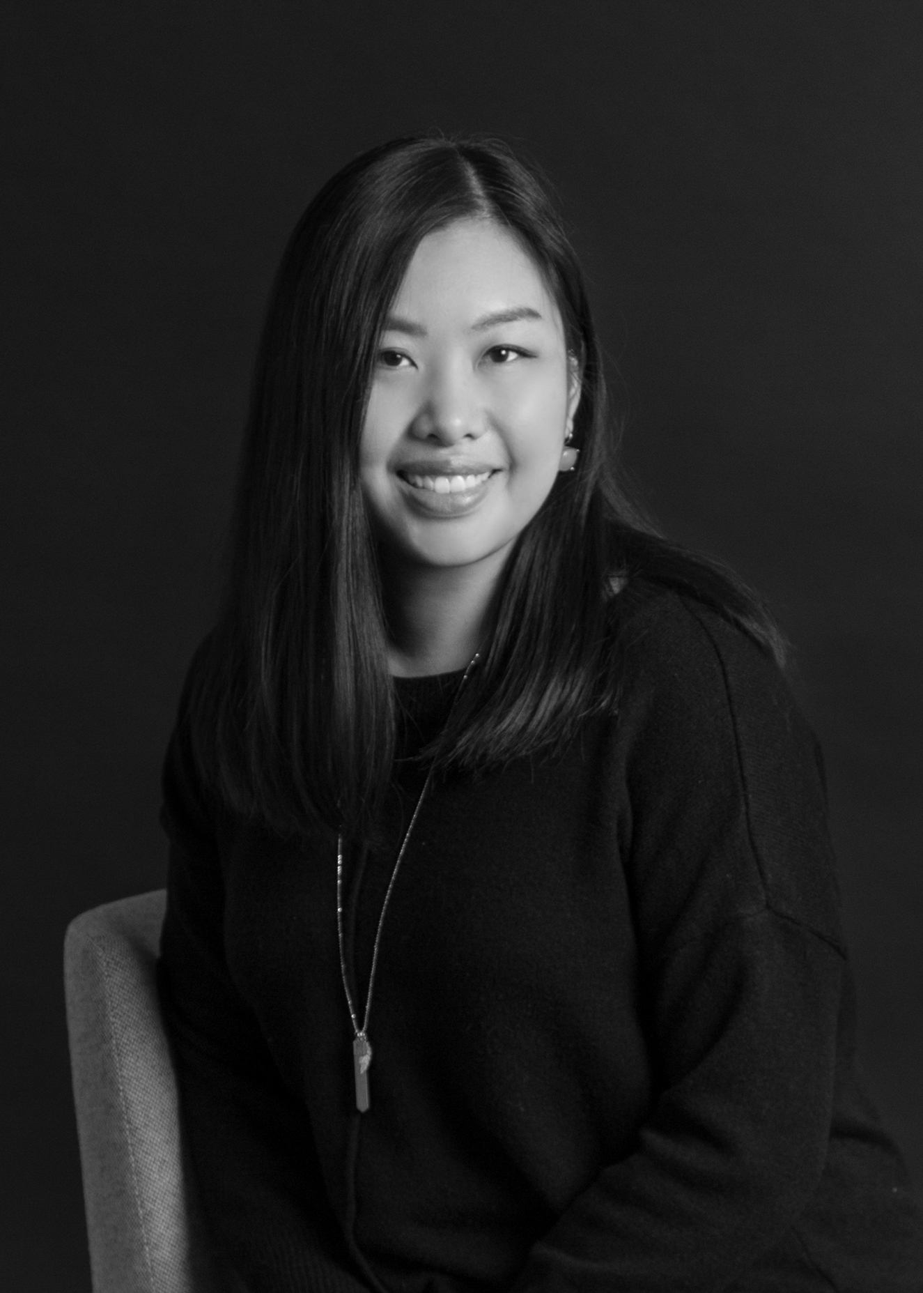 LINNA YOON |  Design Team Leader  Linna is a design team leader at MDI and lover of modern, clean design. Linna strives to create innovative and efficient design solutions that will promote well-being and productivity.  After her bachelor's degree in Interior Design, minor in Architecture, and Master's degree in Environmental Design, Linna joined MDI in 2013. Aside from her endless education, she has over 6 years experience in commercial furniture as a dealer and a representative,   Linna is always focused on keeping a healthy, balanced work life and family life. You could describe Linna as a kimchi-addict, Korean drama fanatic, cheesecake lover, and part-time painter.     Get in touch with Linna