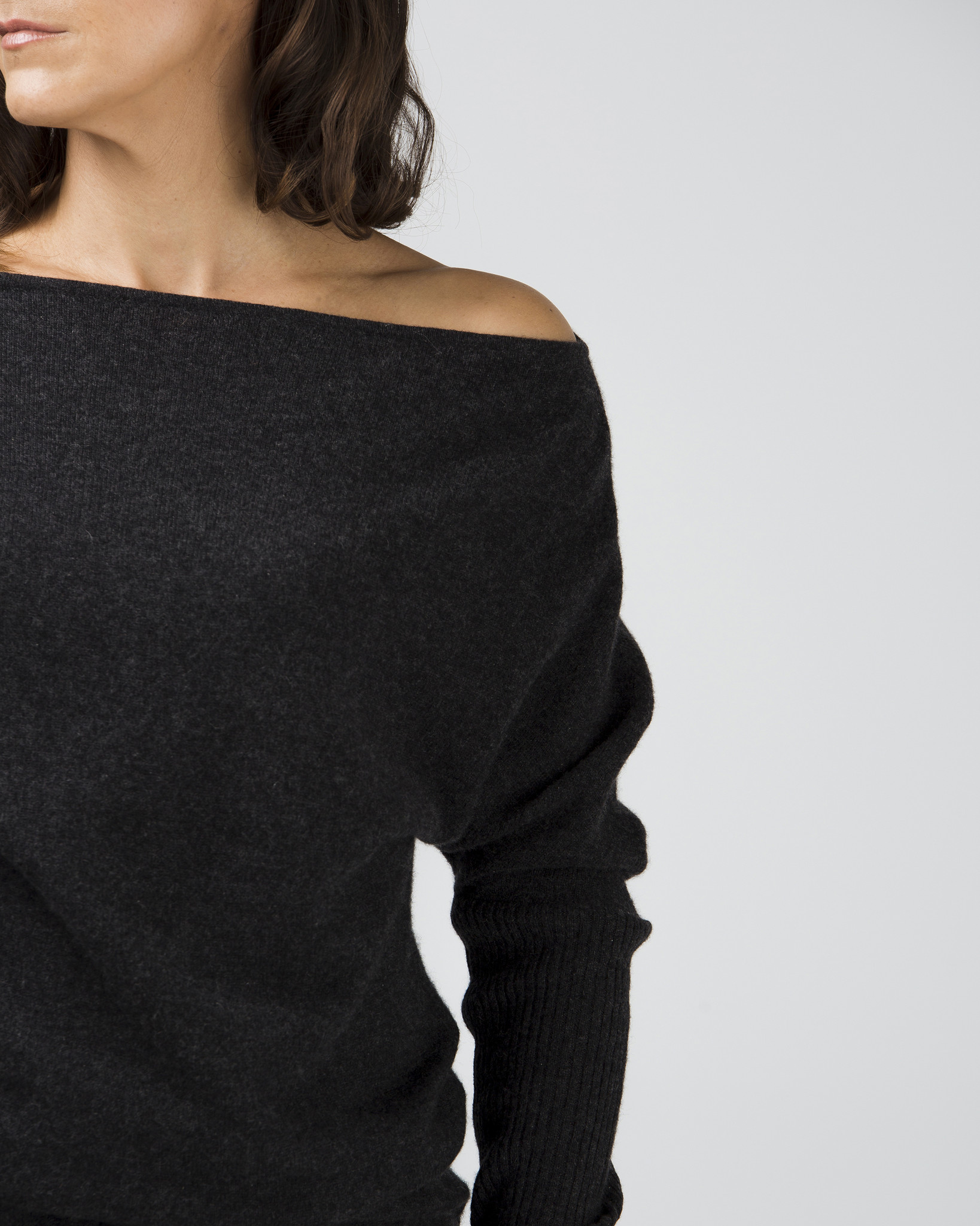 Cashmere Boat Neck Slimline Jumper   $329.00  Available in 2 colours  100% cashmere. our take on the classic boatneck. features: extra long signature sassind fitted ribbed sleeves, sleeves and body for 'rouching'. perfect to accentuate the waist or disguise problem areas.