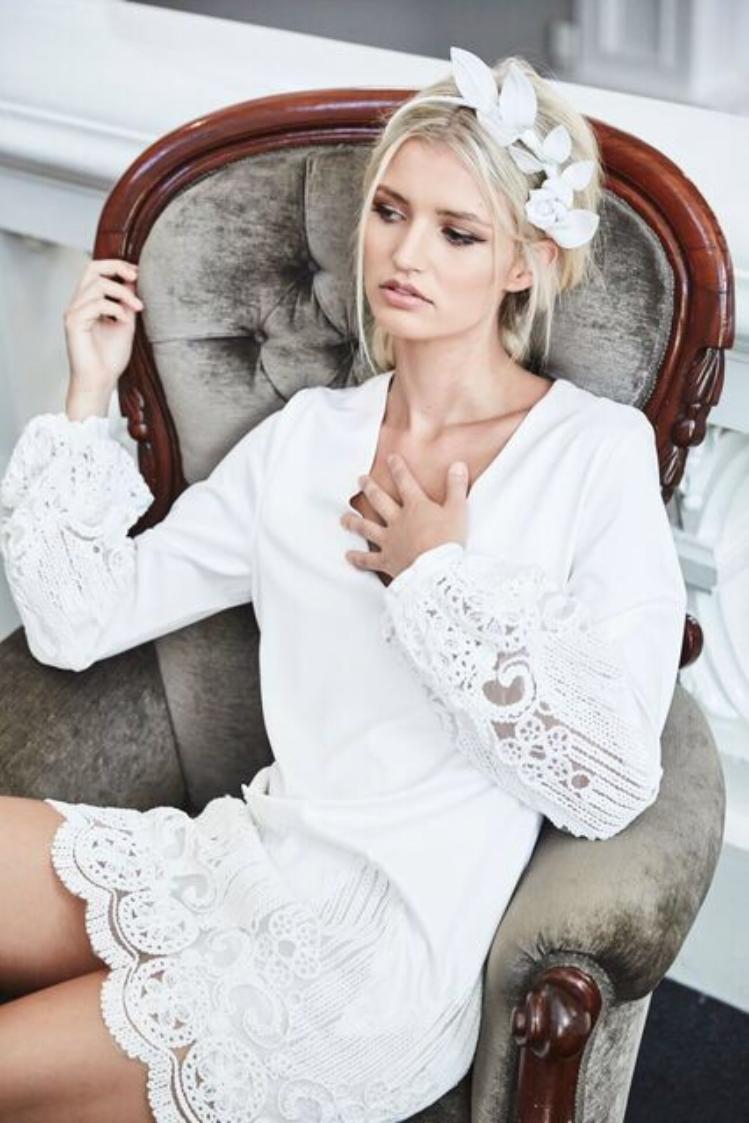 Head Piece: Heather McDowell Dress: Elliatt