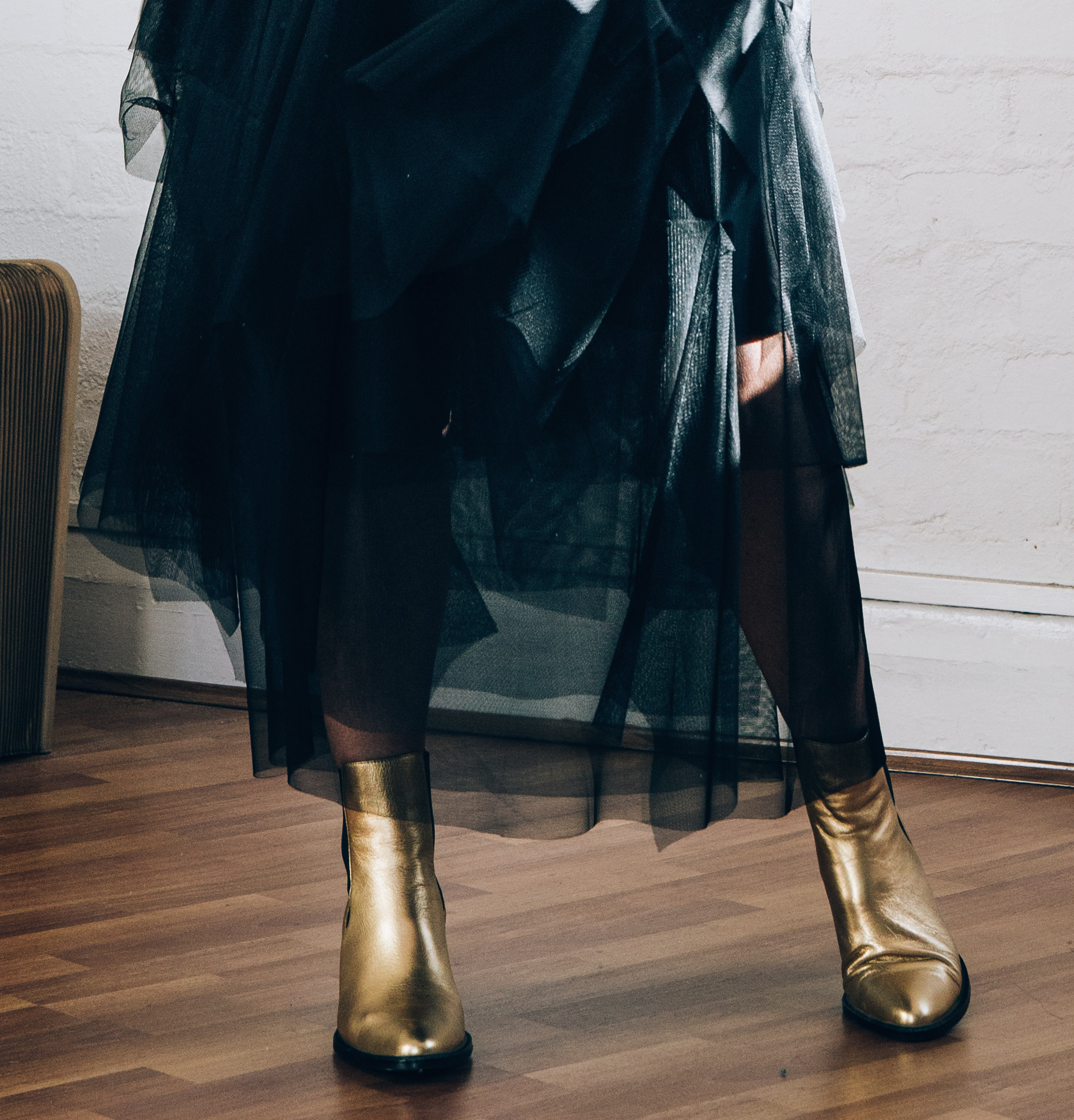 Read about these gorgeous boots  here.