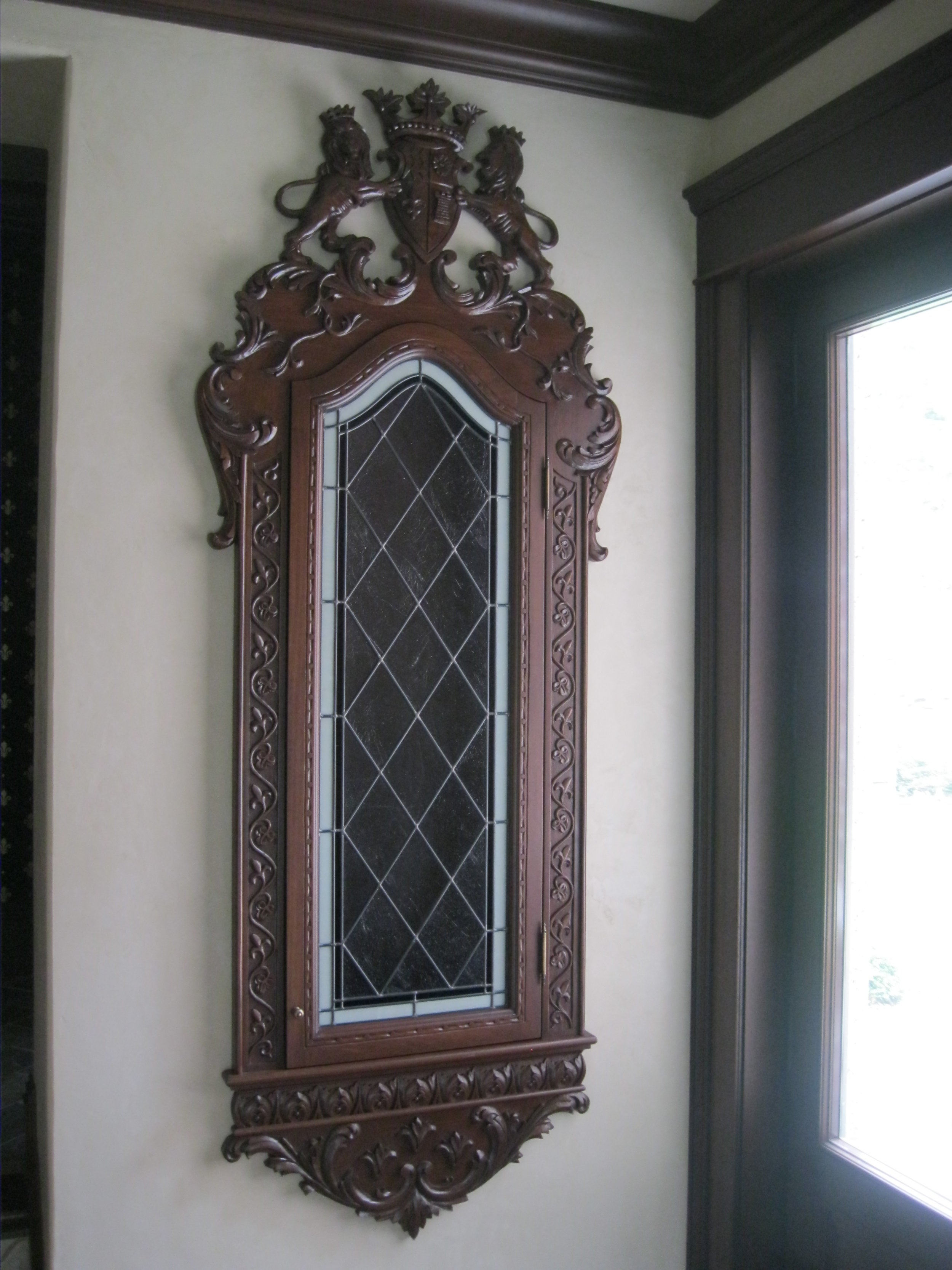 French style niche cabinet