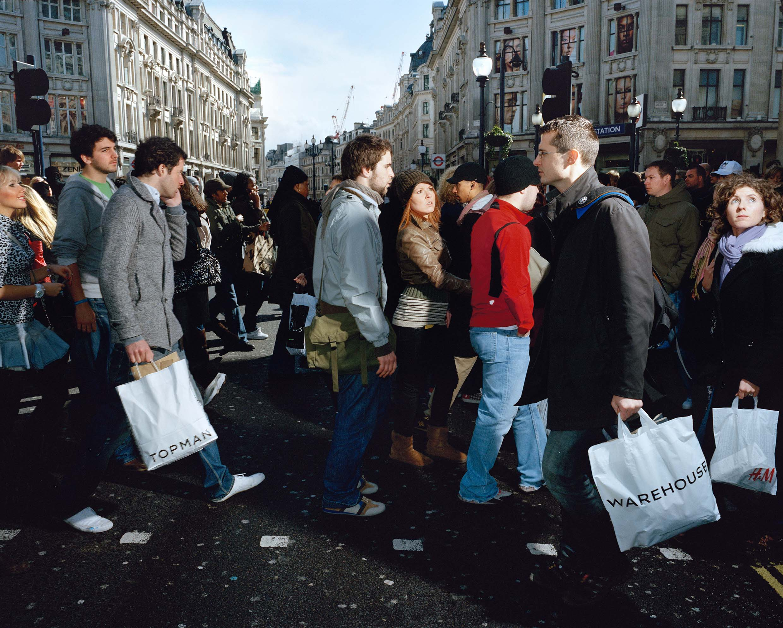 London_England_Crossing_Europe_Poike-Stomps_200814_004.jpg