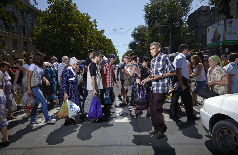 Chisinau_Moldova_Crossing_Europe_Poike Stomps_MG_1047.jpg