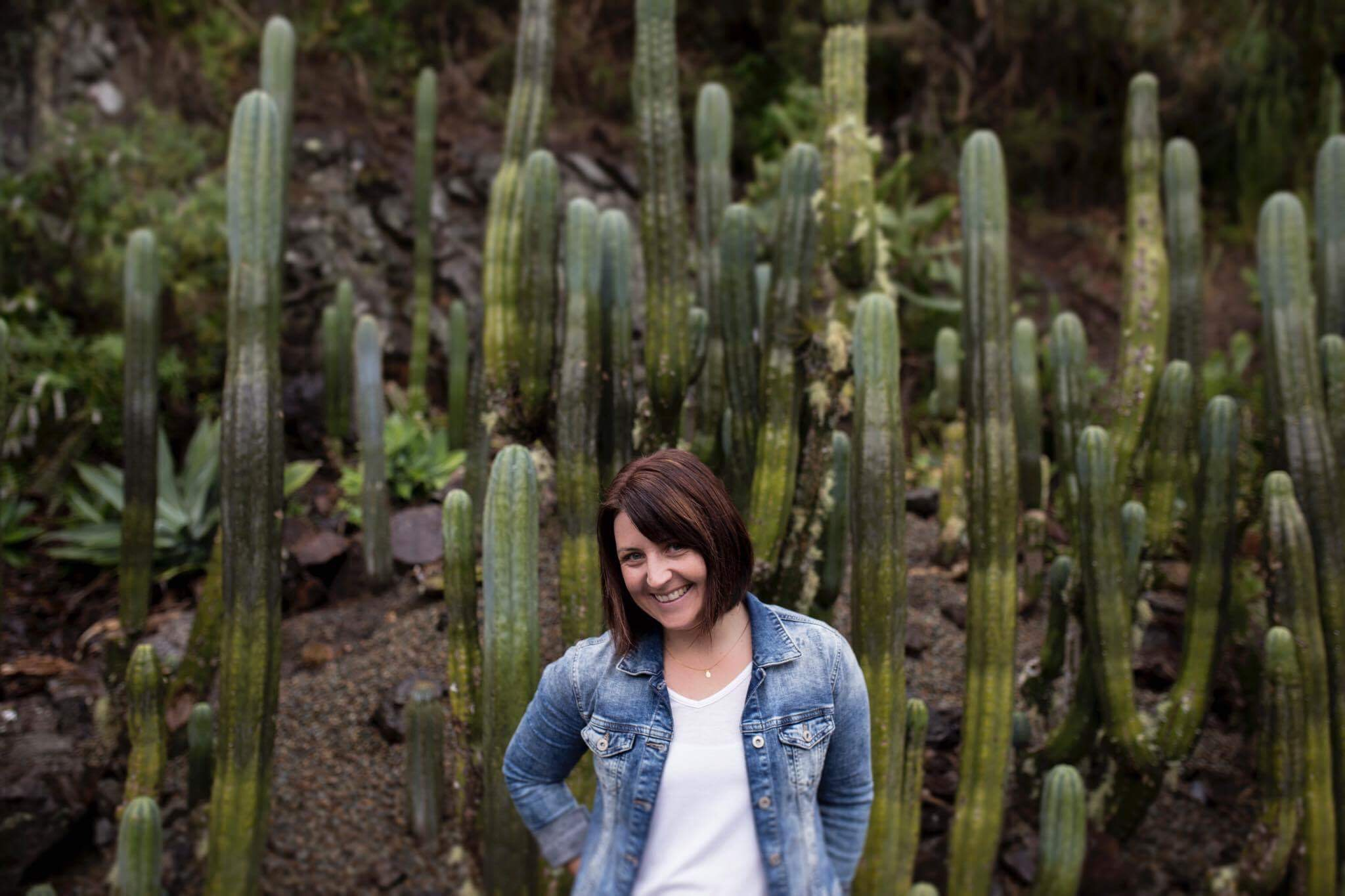 Nicole Jecentho Photography Profile Pic Cactus Smile