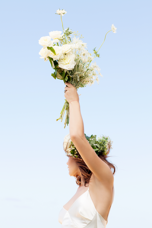VOGUE BRIDES -