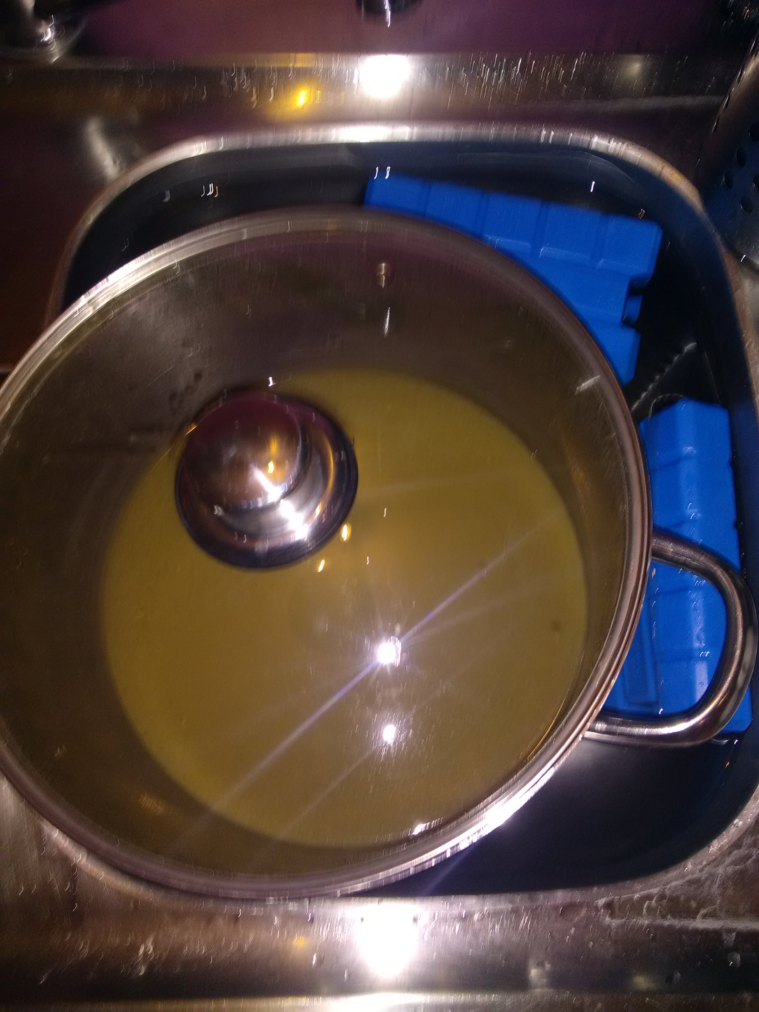Le refroidissement a pour but de faire baisser la température du mout afin d'y incorporer les levures.