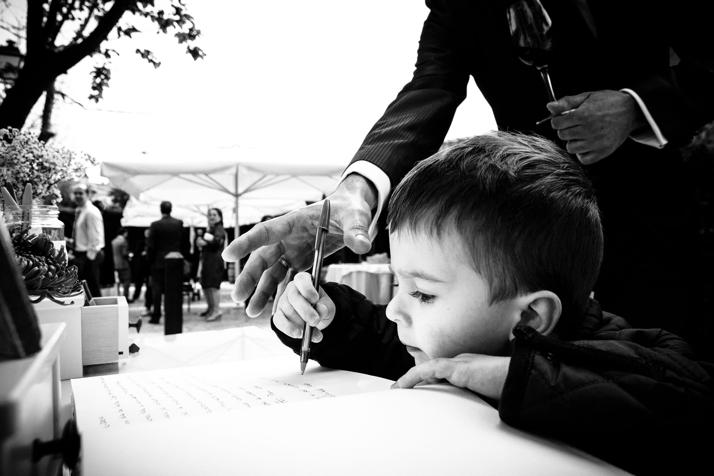 Wedding Photographer La Rioja Basque Country Spain - James Sturcke - sturcke.org_054.jpg