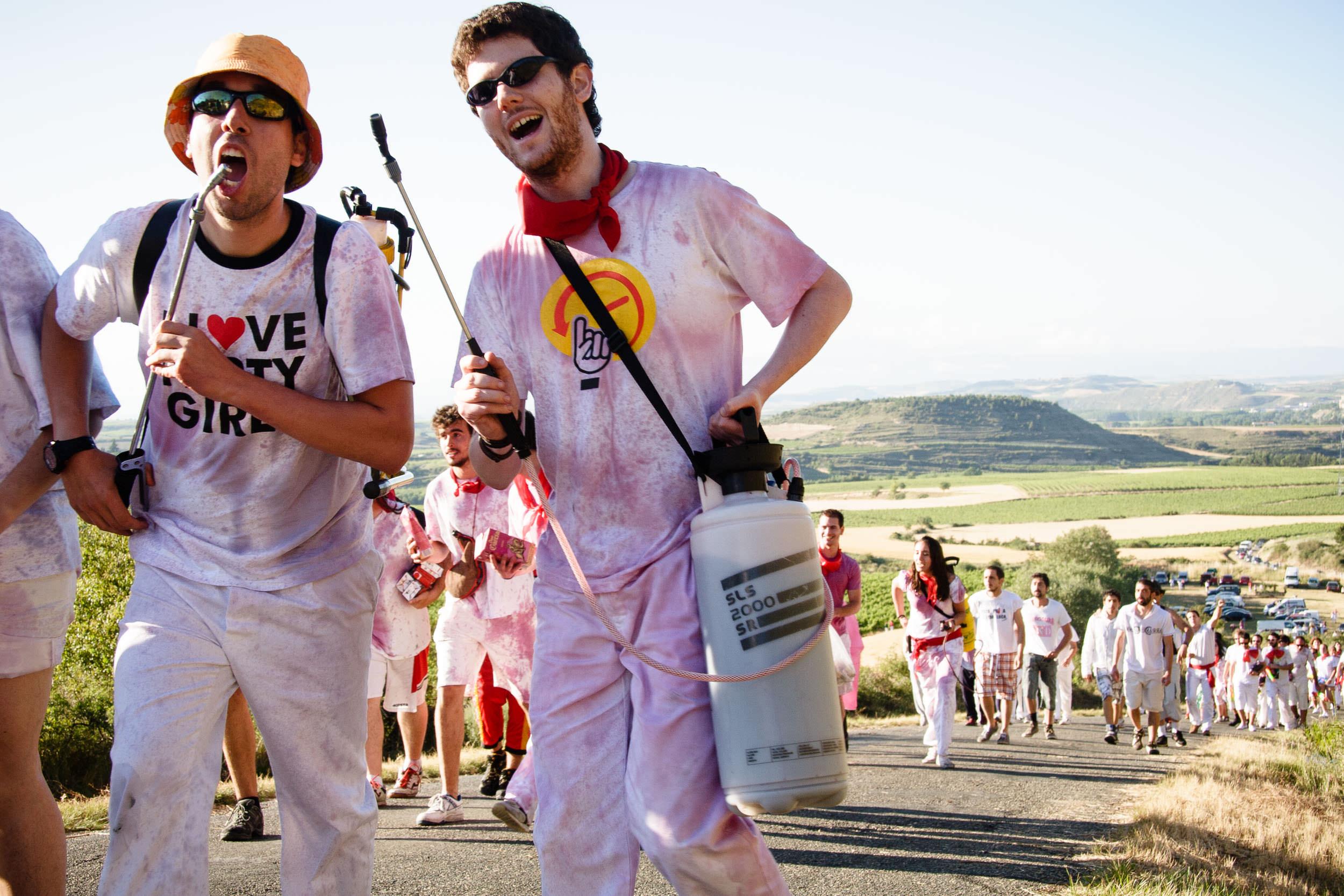Fotografia Editorial Haro La Rioja España - La Batalla de Vino - James Sturcke Photographer | sturcke.org_003.jpg