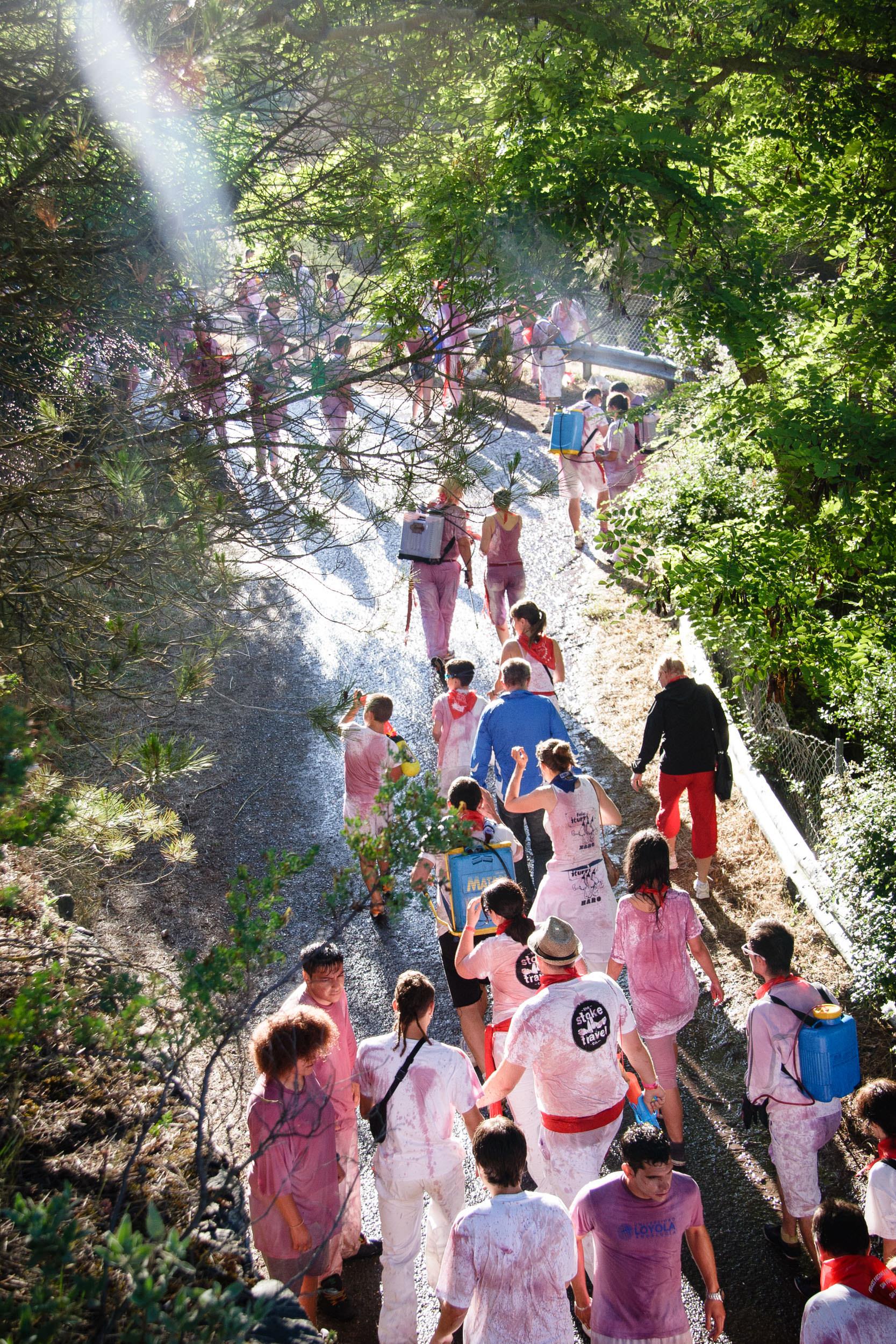 Fotografia Editorial Haro La Rioja España - La Batalla de Vino - James Sturcke Photographer | sturcke.org_004.jpg