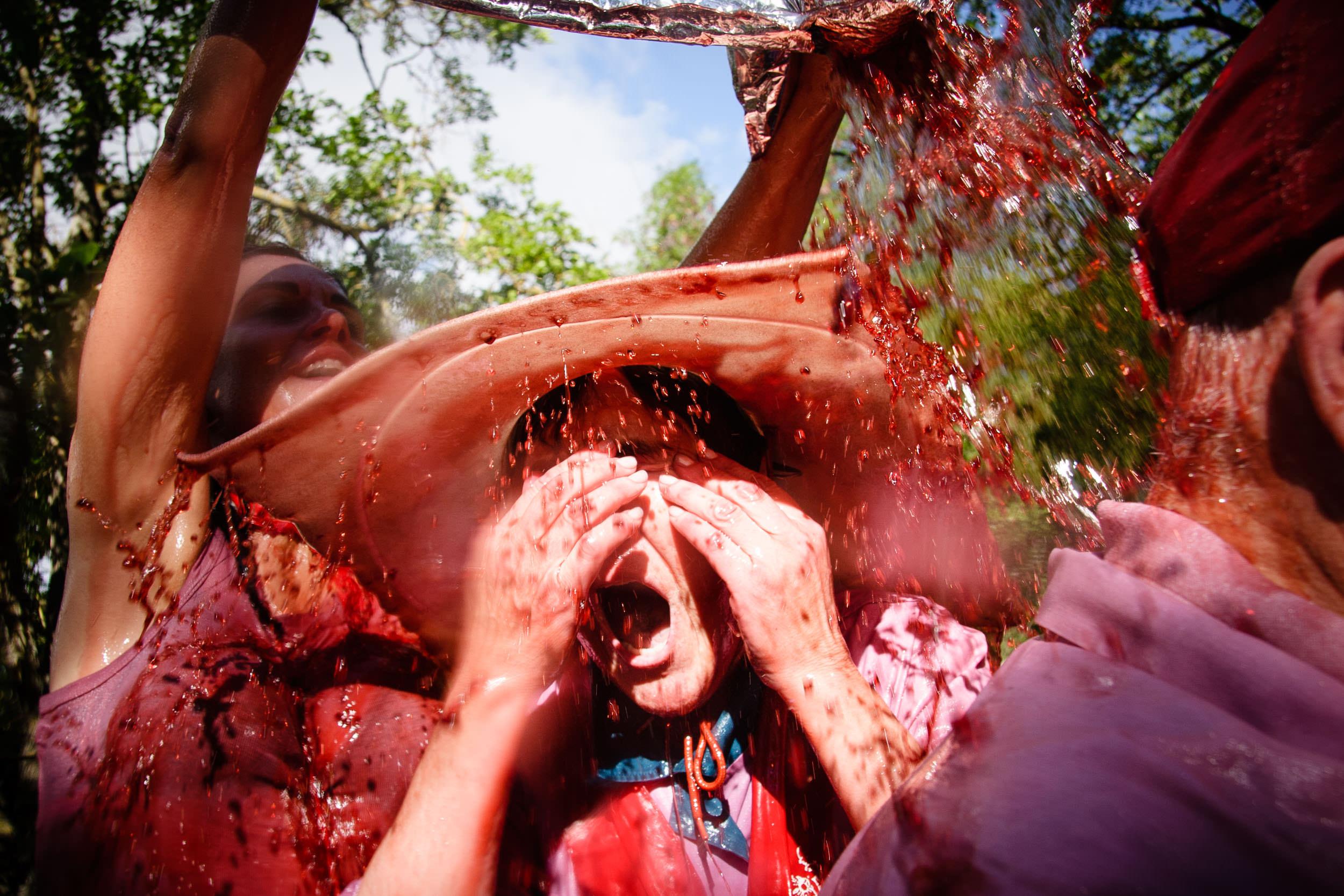 Fotografia Editorial Haro La Rioja España - La Batalla de Vino - James Sturcke Photographer | sturcke.org_008.jpg