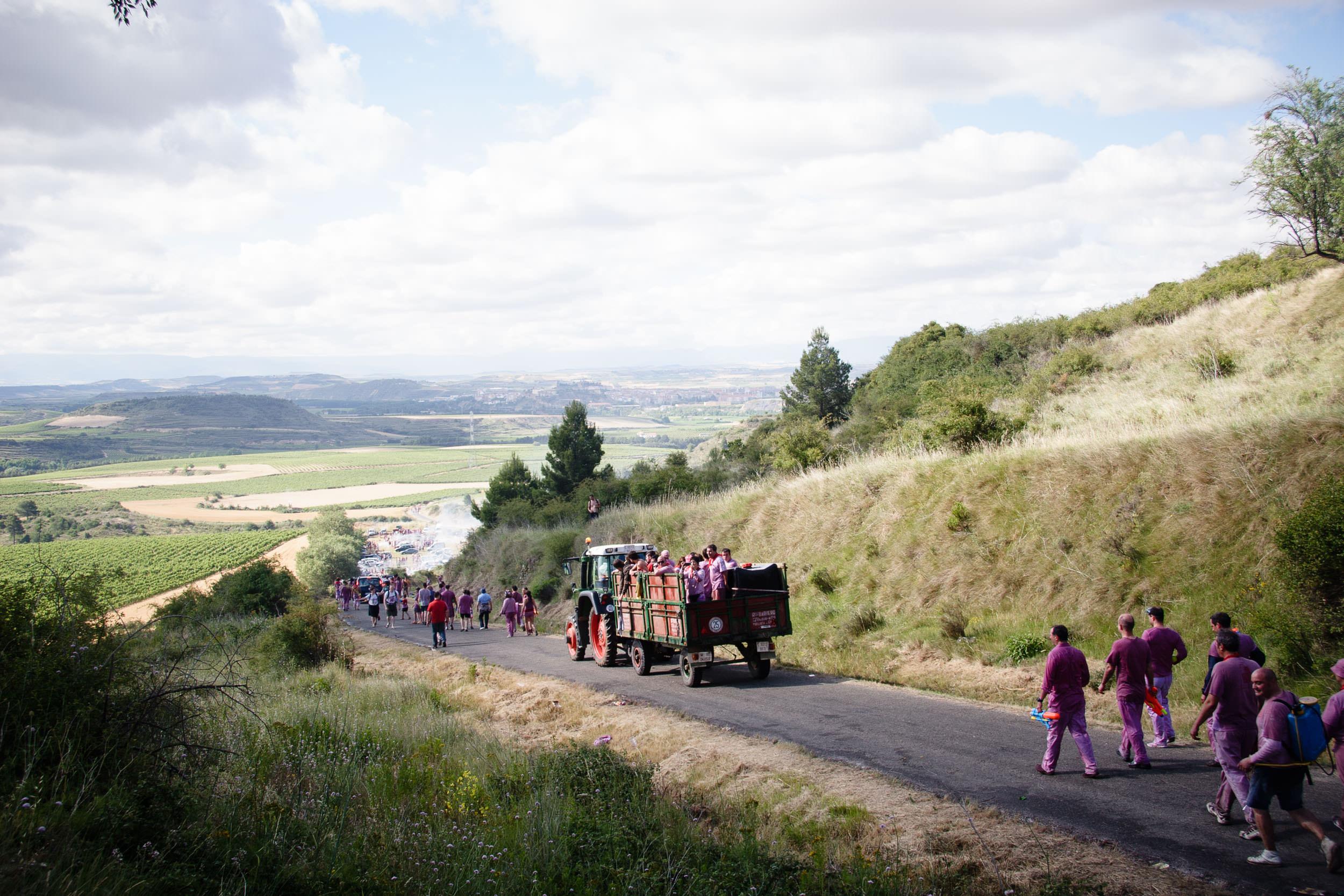 Fotografia Editorial Haro La Rioja España - La Batalla de Vino - James Sturcke Photographer | sturcke.org_012.jpg