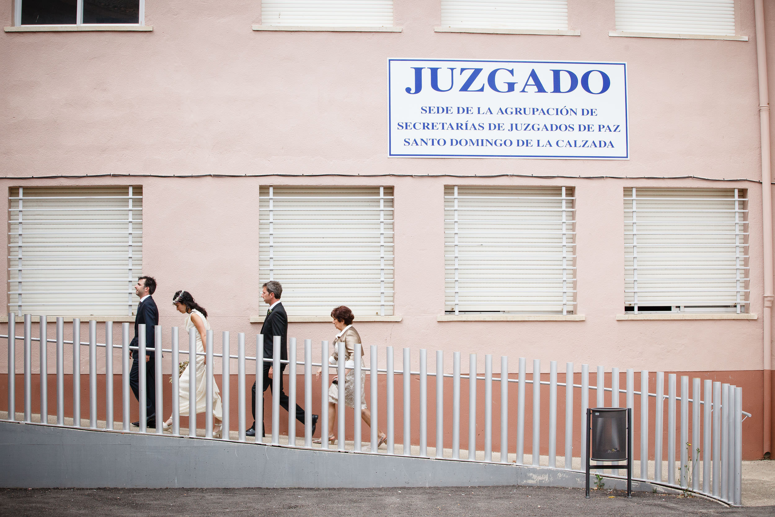 27/7/13 Boda de Elisa y Gonzalo, Santo Domingo y Azarrulla, La Rioja, España. Foto de James Sturcke Fotografía | www.sturcke.org
