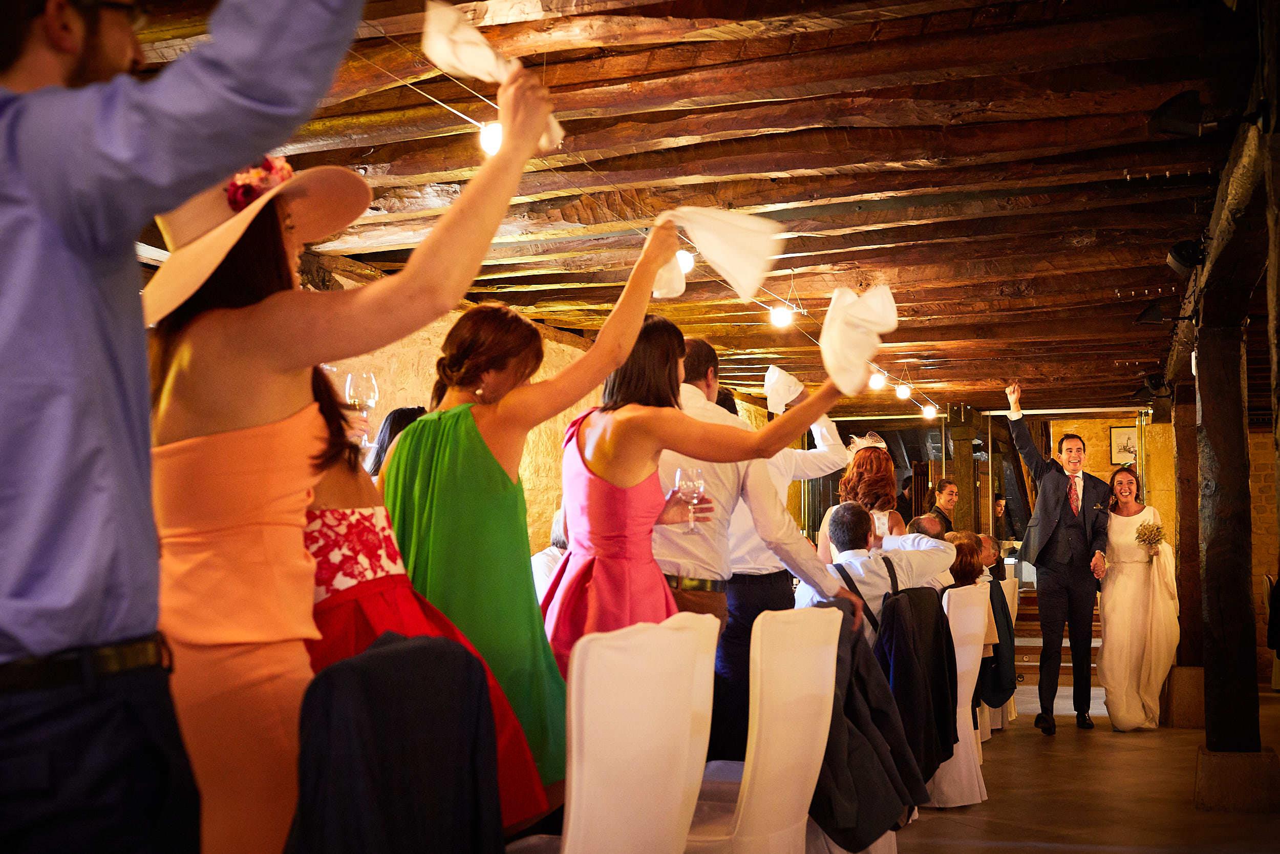 Fotógrafo de boda con estilo documental y fotoperiodismo en La Rioja Palacio Casafuerte Zarraton La Rioja Spain James Sturcke Photographer sturcke.org_00023.jpg
