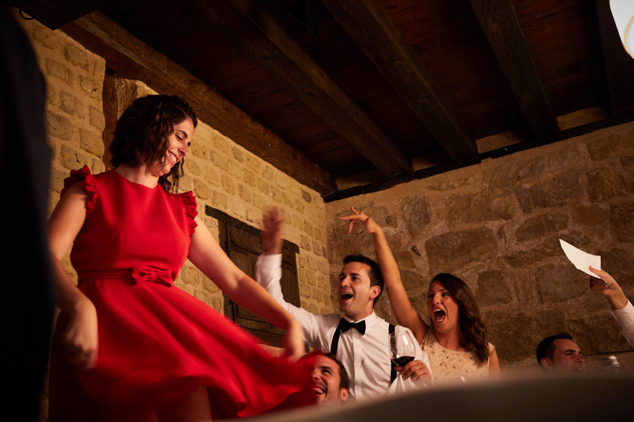 Fotógrafo de boda con estilo documental y fotoperiodismo en La Rioja Palacio Casafuerte Zarraton La Rioja Spain James Sturcke Photographer sturcke.org_00026.jpg