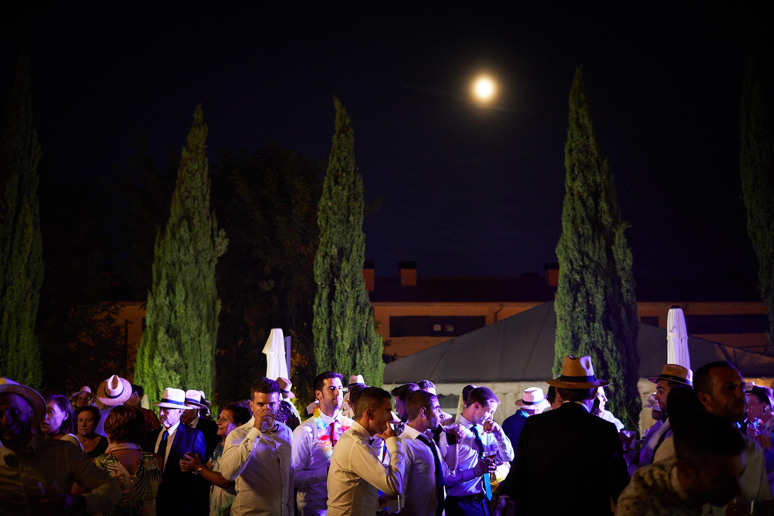 Fotógrafo de boda con estilo documental y fotoperiodismo en La Rioja Palacio Casafuerte Zarraton La Rioja Spain James Sturcke Photographer sturcke.org_00035.jpg