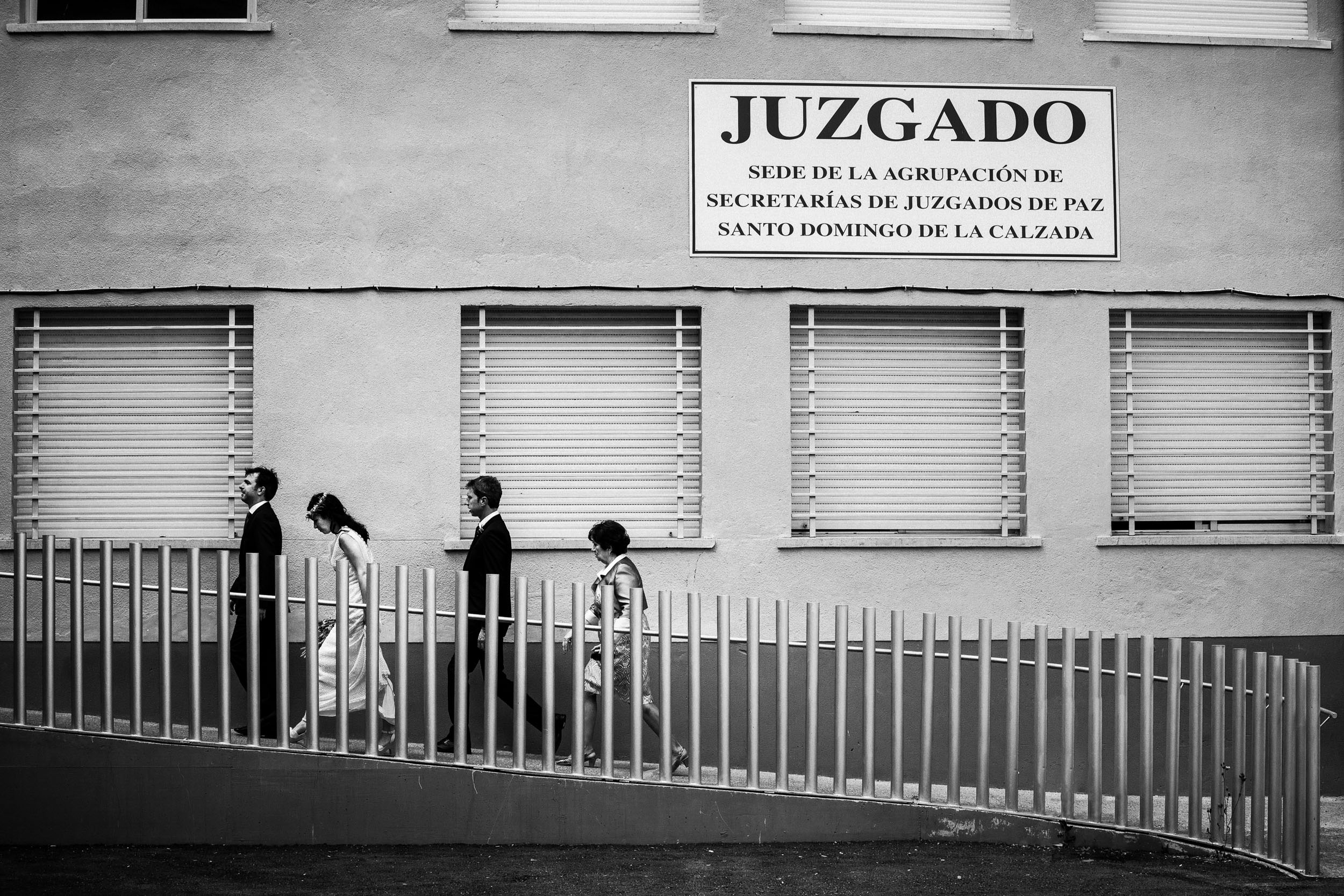 Best_Rioja_Wedding_Photography_Sturcke_002.jpg