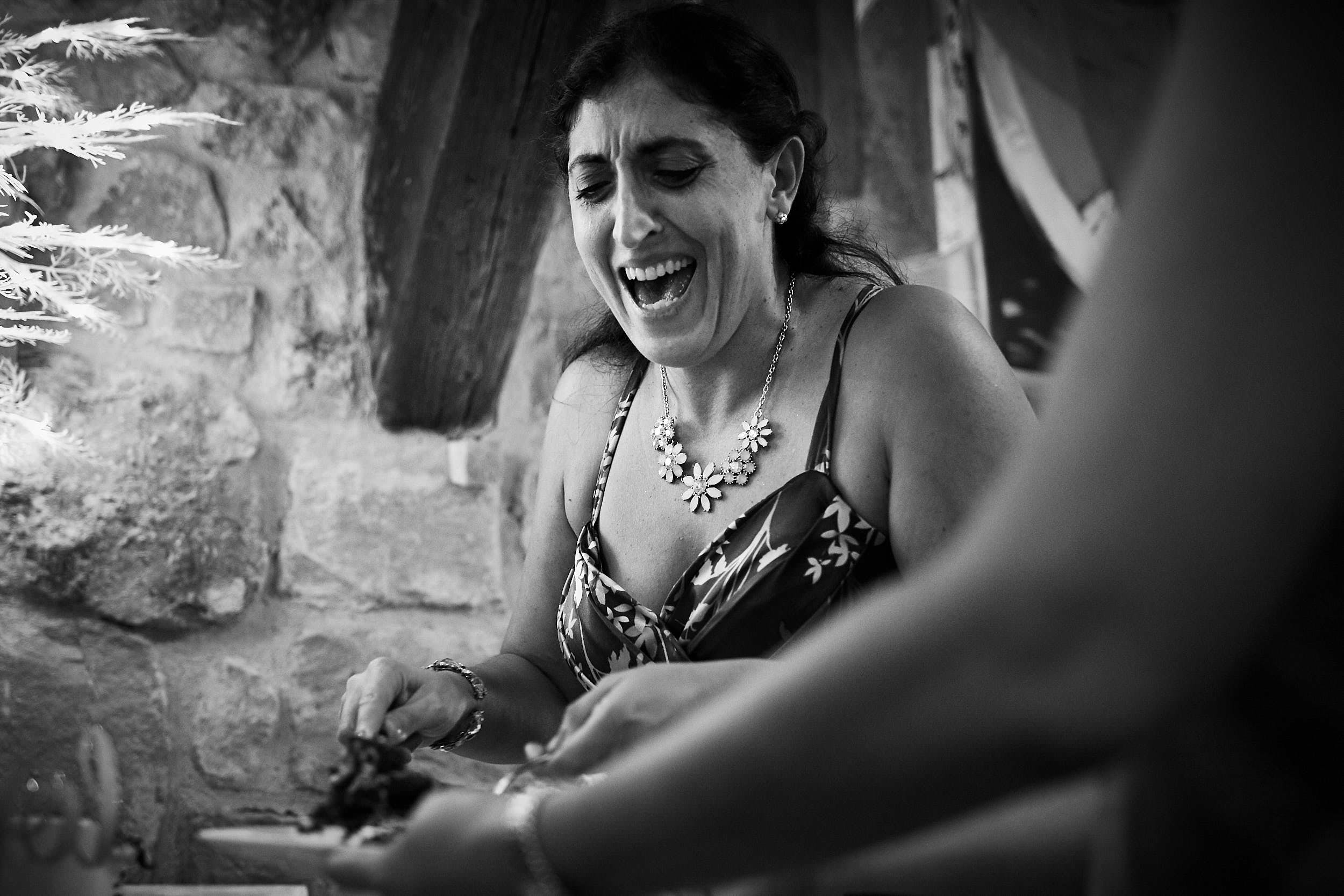 8/7/17 Evange & Juanma, La Vieja Bodega, Casalarreina, La Rioja, España. Photo by James Sturcke   sturcke.org