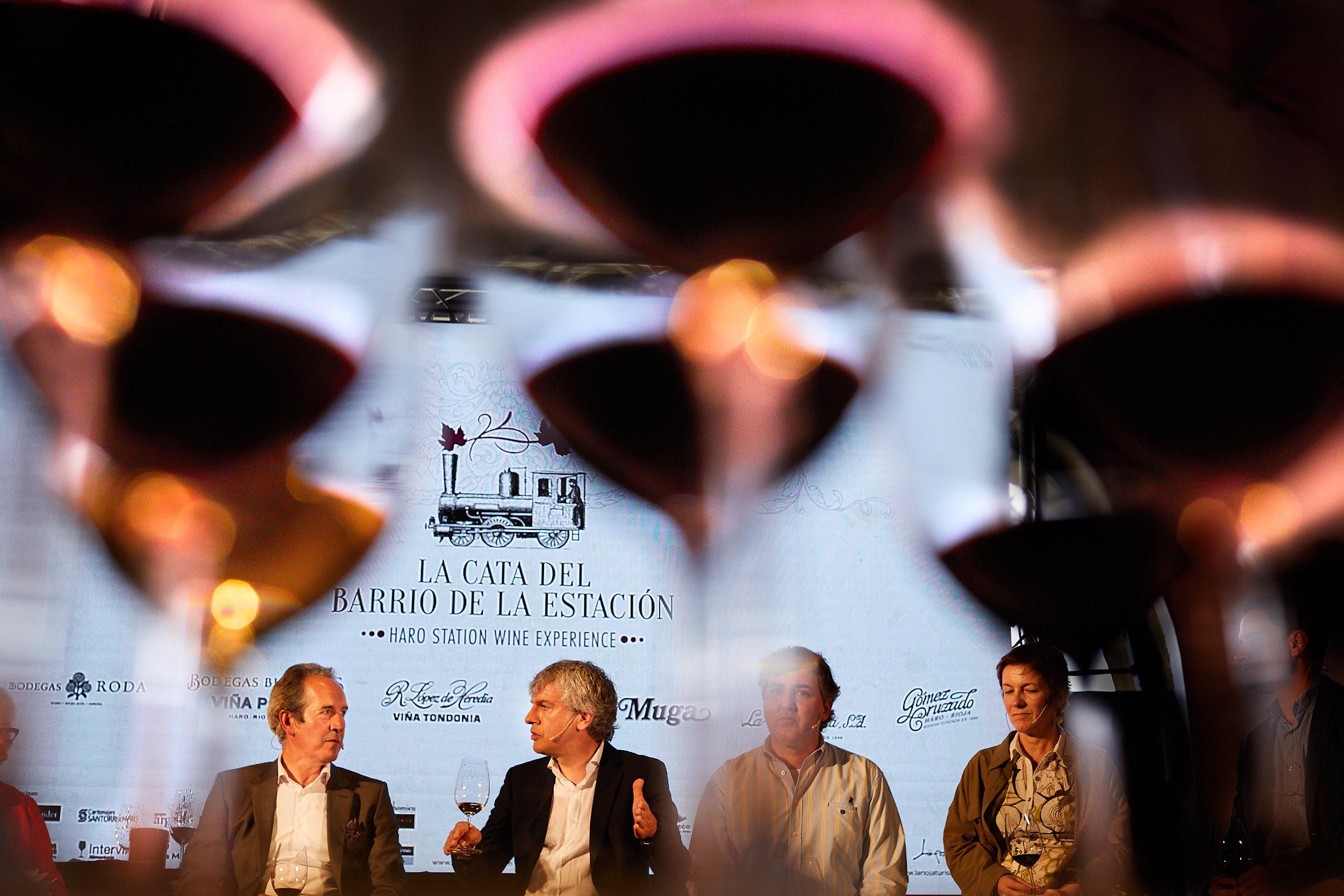 18/6/18 Event photographer Rioja Spain. Cata del Barrio de la Estacion, Haro, La Rioja, Spain. Photo by James Sturcke | sturcke.org
