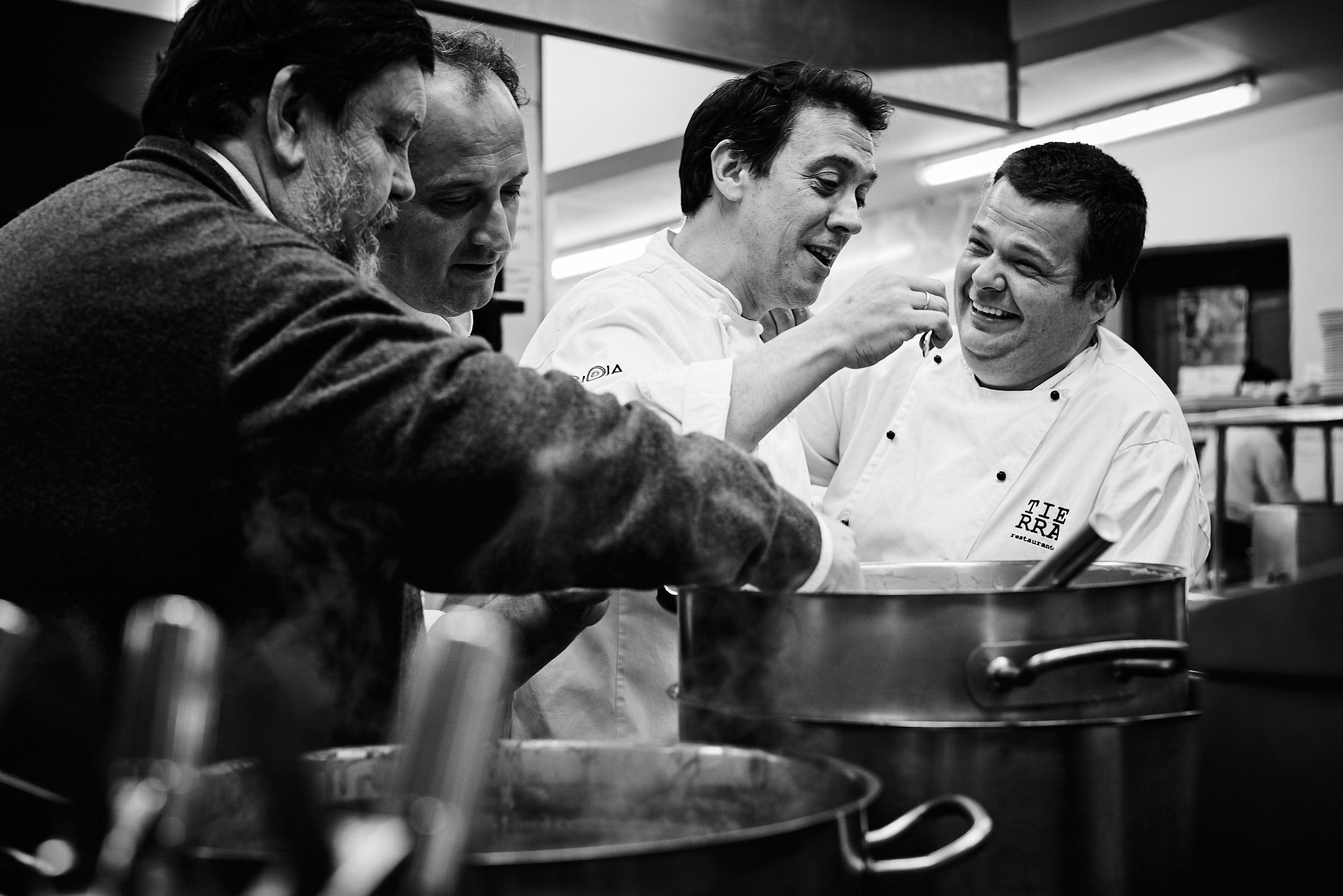 1903Restaurante_La_Vieja_Bodega_Casalarreina_La_Rioja_Spain_Sturcke_0003.jpg