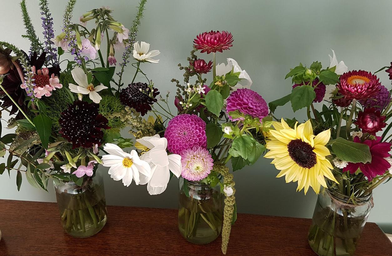 gallery-buyflowers-autumn.jpg