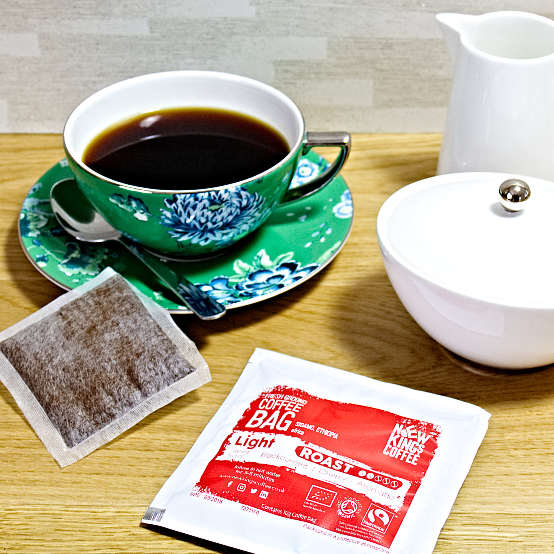New-Kings-Coffee-Bags-Fairtrade-Organic-Ethiopia-with-milk-and-sugar-square.jpg