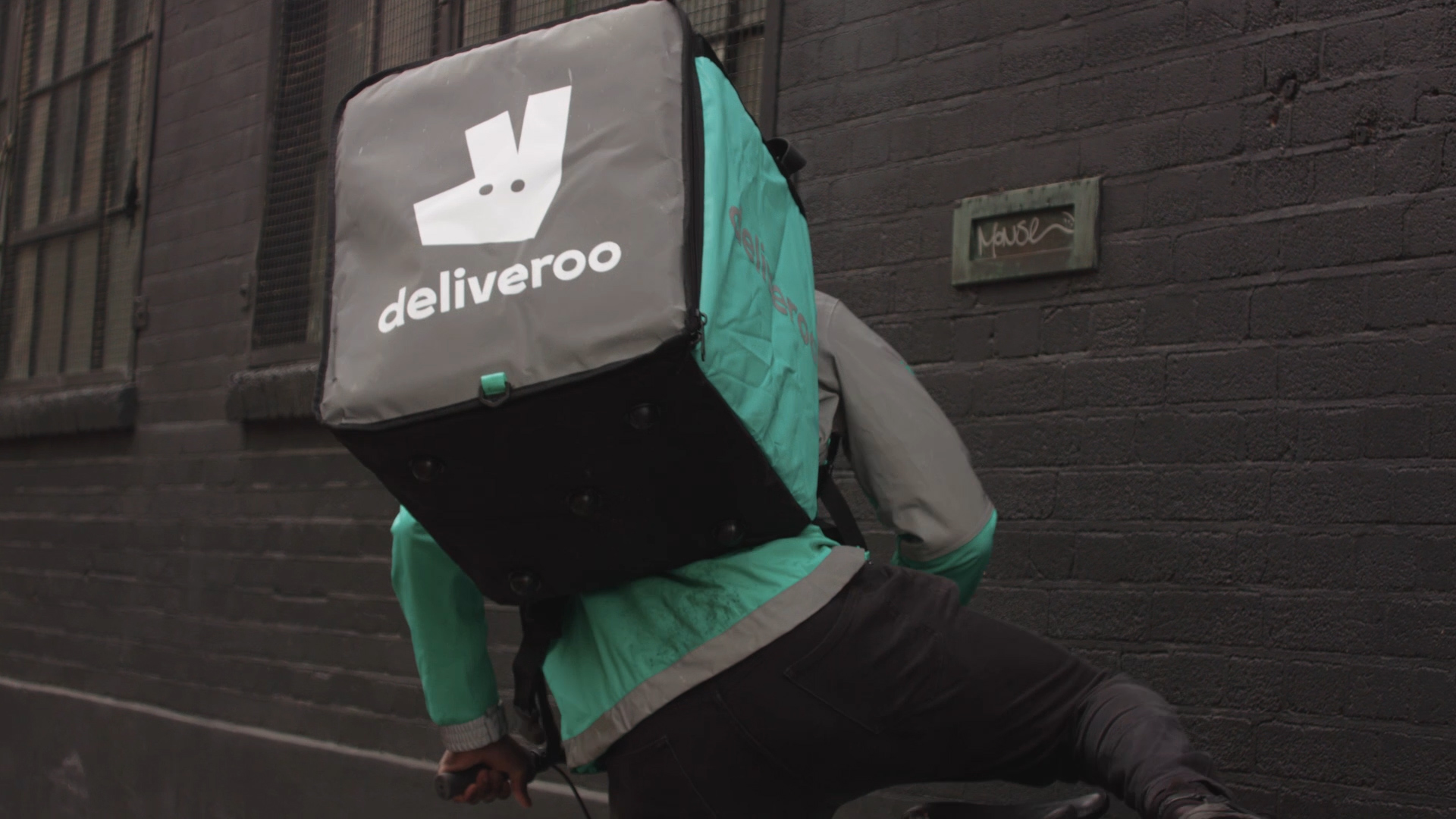 Deliveroo X Magnum.mp4.00_00_04_22.Still004.jpg