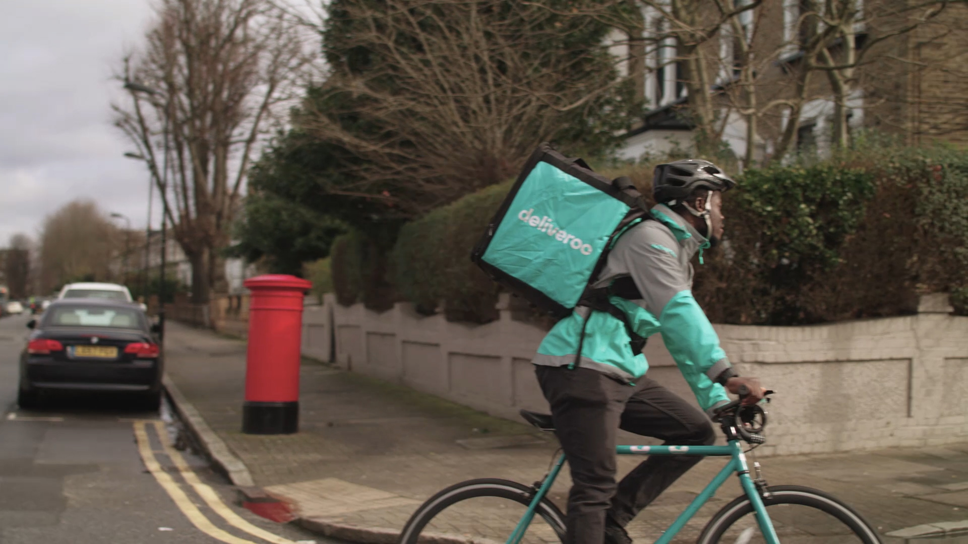 Deliveroo X Magnum.mp4.00_00_10_14.Still007.jpg