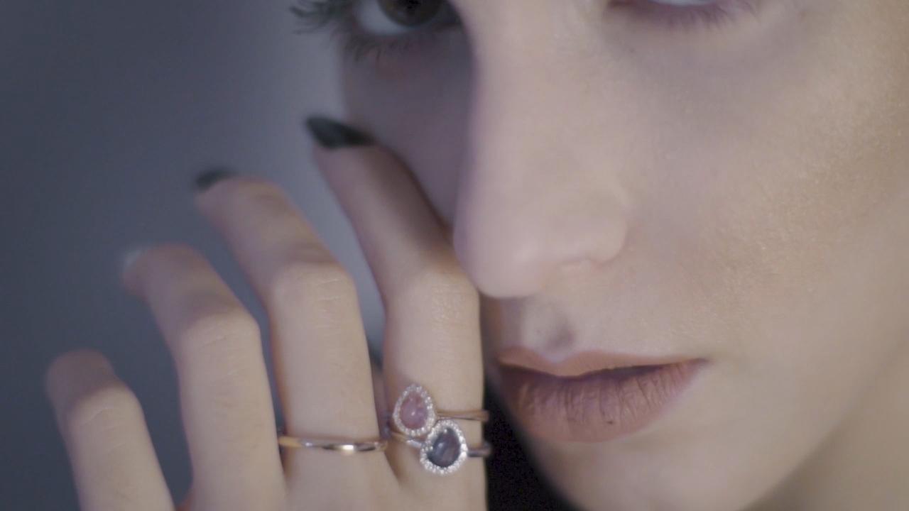 Thomopoulos Jewellery Ad.mp4.00_00_24_29.Still006.jpg