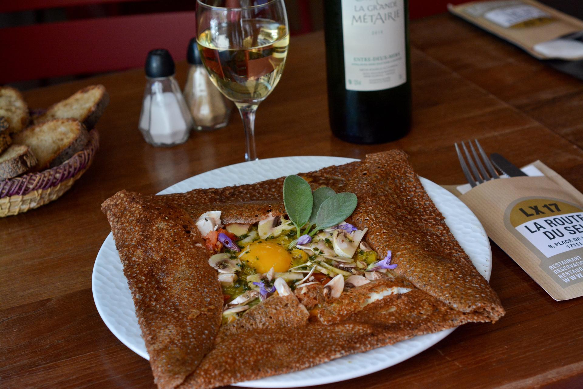 laroutedusel-restaurant-loix-iledere-crepes.jpg