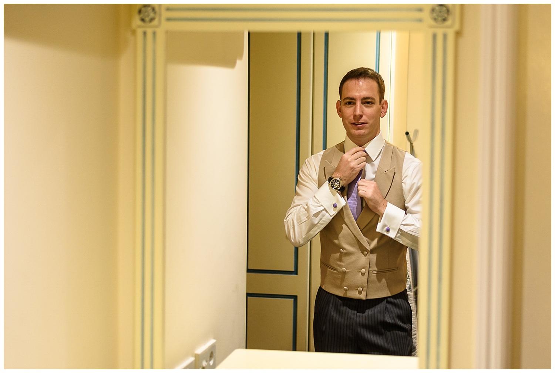 Groom getting ready | London wedding | Richmond Inn Hotel | Alex Buckland Photography
