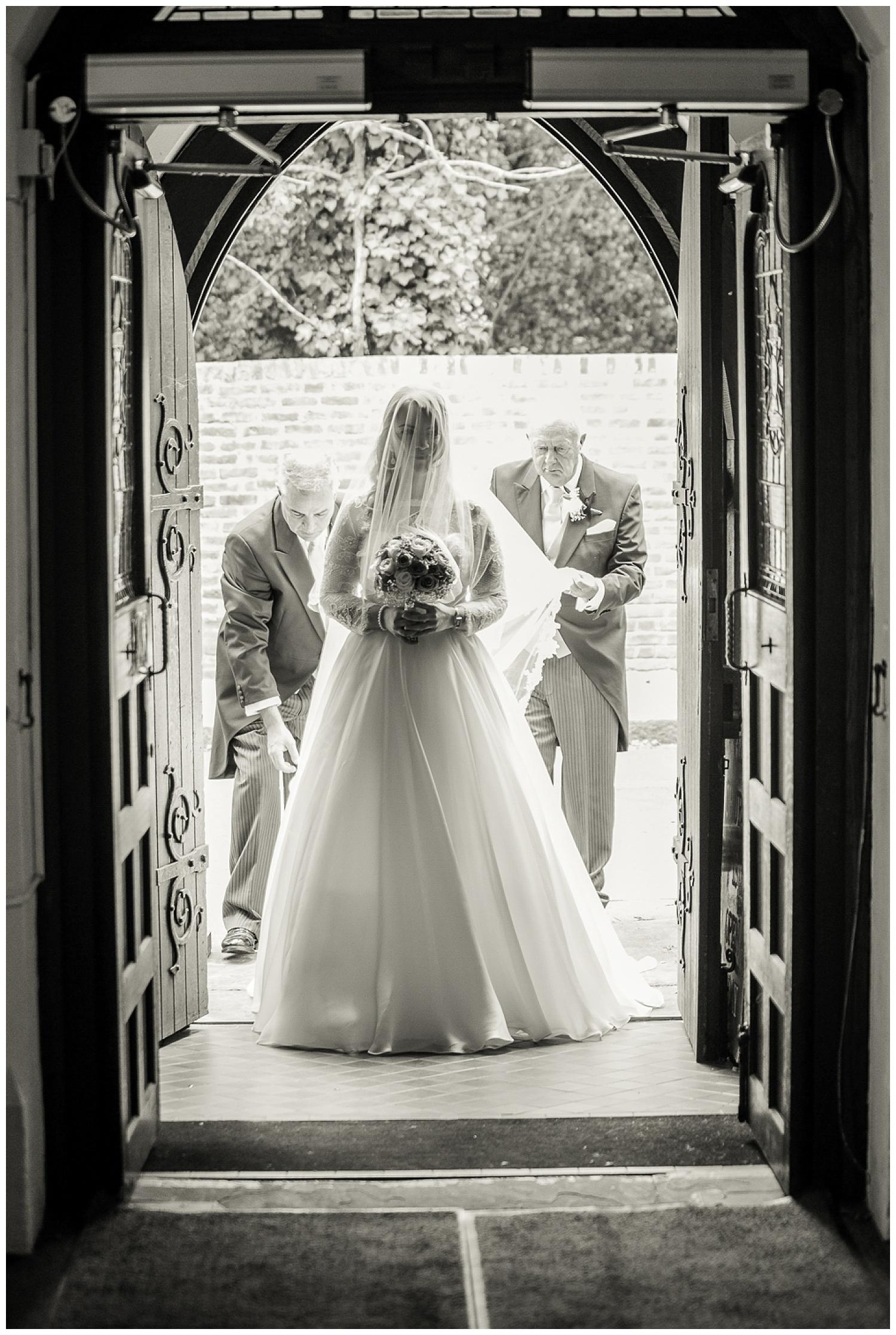 Bride entering Church | Christ Church East Sheen | Surrey Wedding