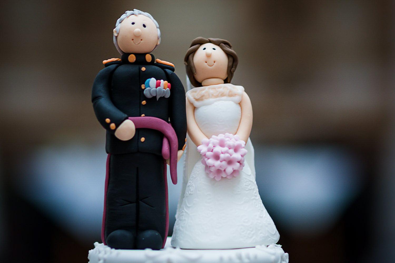 military-wedding-cake-details.jpg