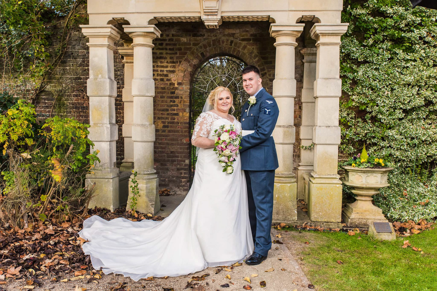 RAF-Bride-and-groom.jpg