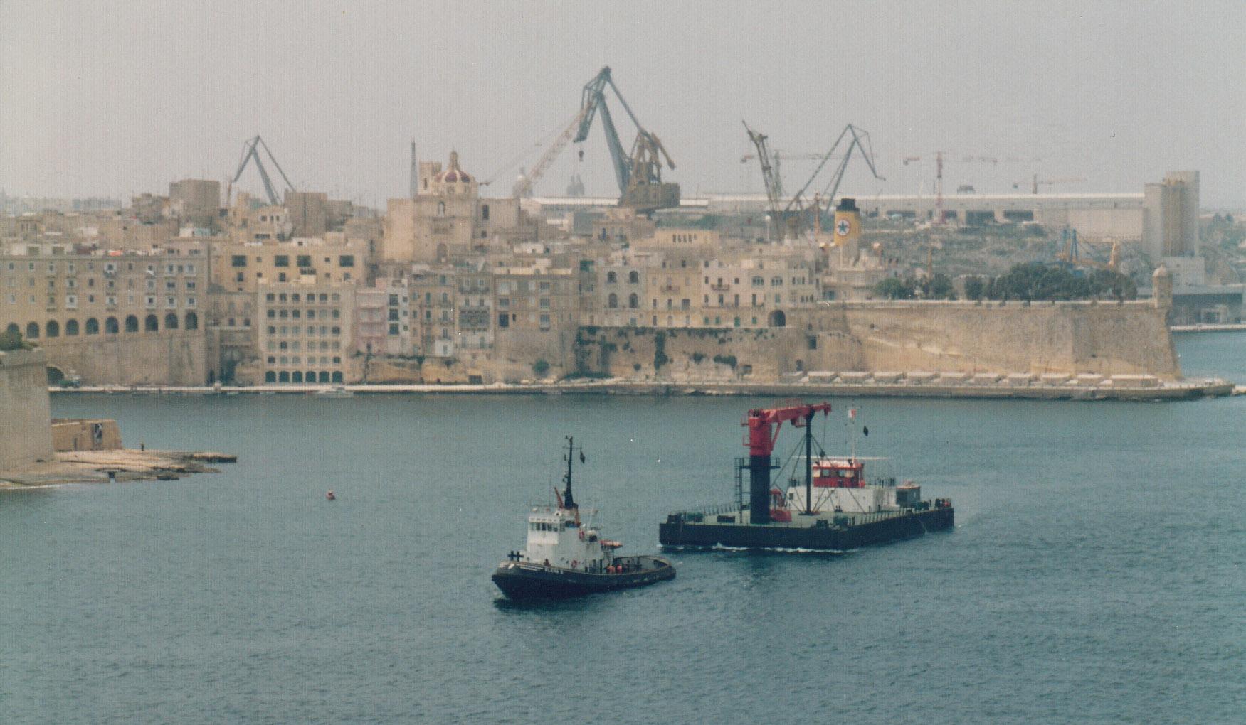 Towing crane barge to Tripoli.jpg