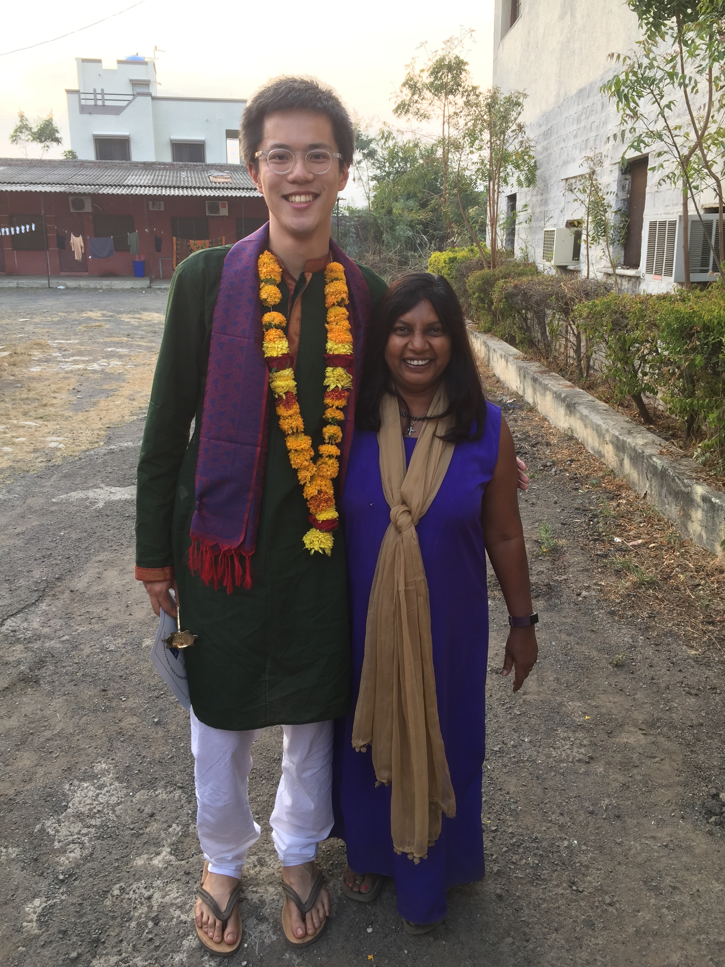 Edwin pictured here with Dr Shobha Arole, Director of the Comprehensive Rural Health Project, Jamkhed, India.