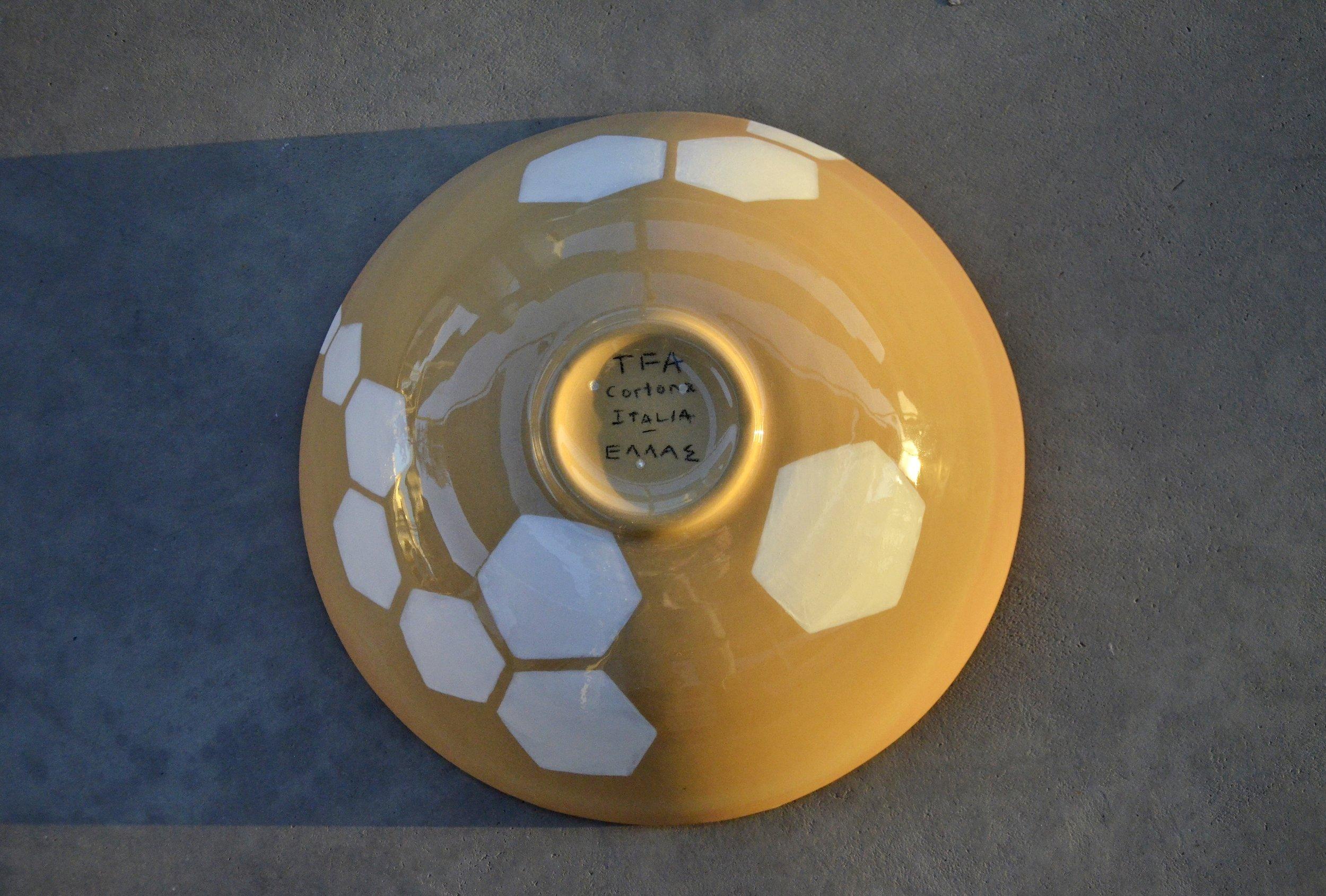 terra cotta blue white hexagon bowl 10 x 30cm (200 E)