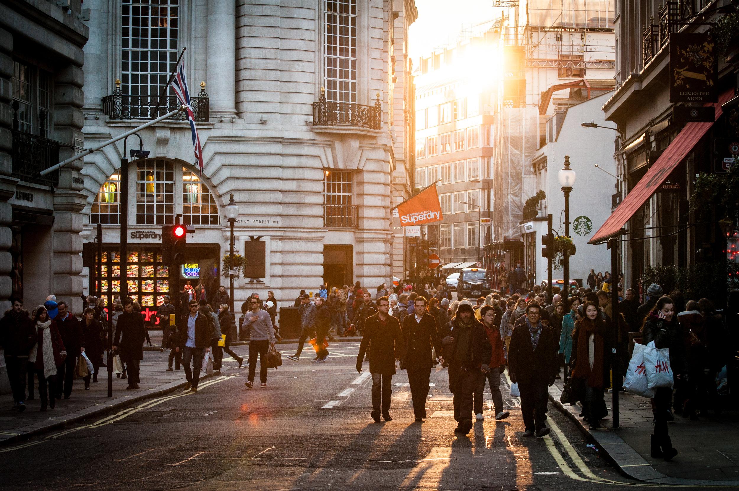 city-sunny-people-street.jpg