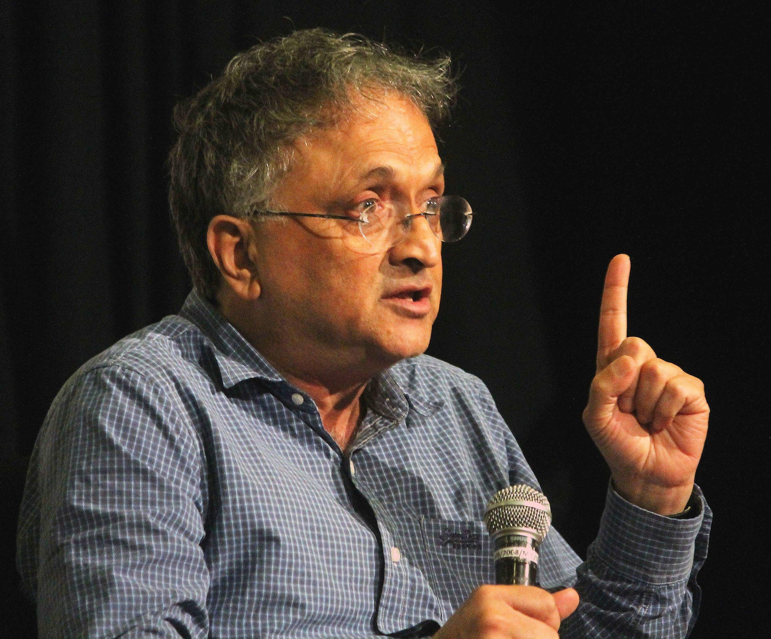 EXCLUSIVE: Ramachandra Guha Talks to India Ink