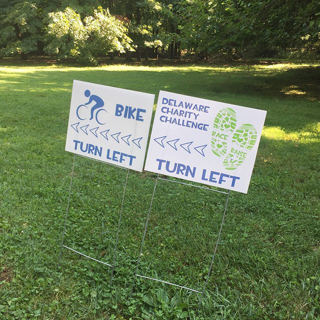 Signs are up, course is marked, and we are all ready for a fun run-bike-run duathlon tomorrow on July 20! Even saw a family of deer who may be out cheering our competitors on. See everyone at @bellevuestatepark in the morning! #firststateduo #duathlon