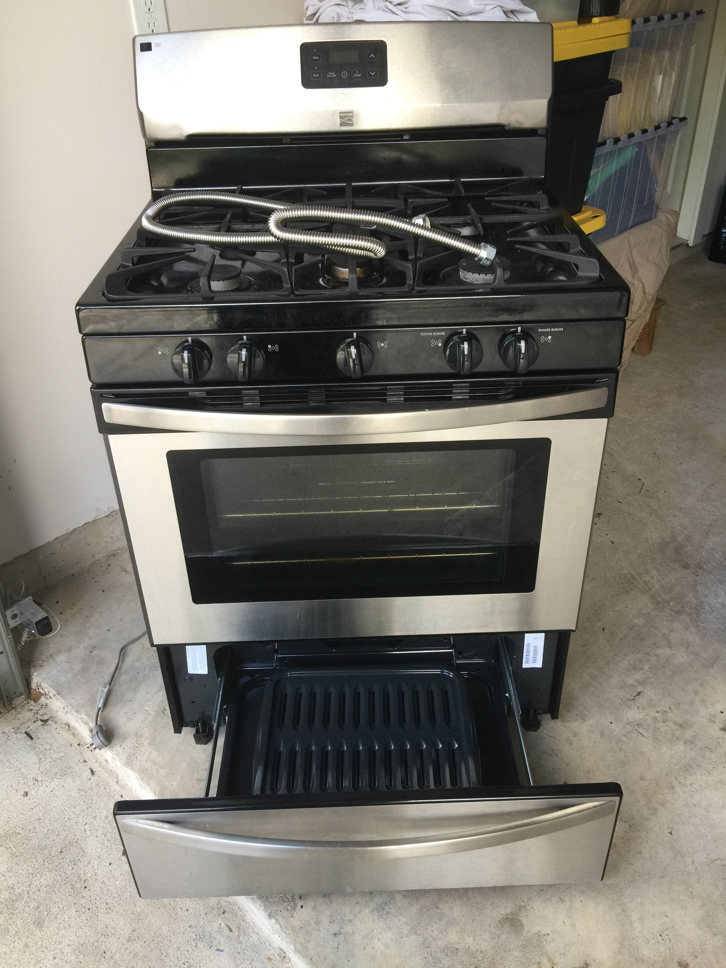 September 2017 - Helping provide a range+oven combo to a Harvey survivor.