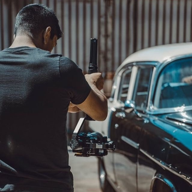 HAPPY MONDAY 🔥 If you're working hard and are goal oriented, Monday's should be your favorite day of the week 🙌🏽 • 📷: @davidscottbowles_ • #mondaymotivation #sony #videographer #photographer #work #motivated #classiccars #production #contentcreator #brand #losangeles #orangecounty #sandiego