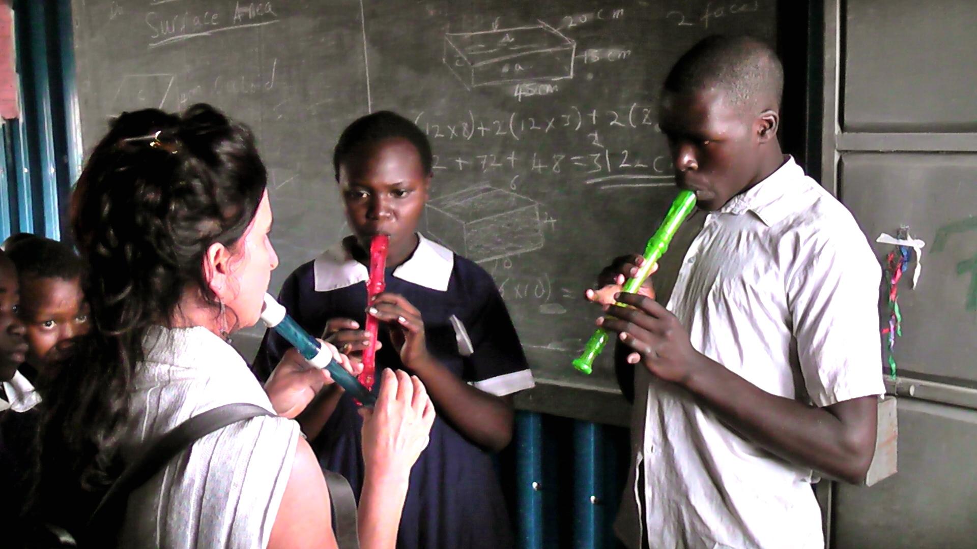 Music in Kibera (Kenya).JPG