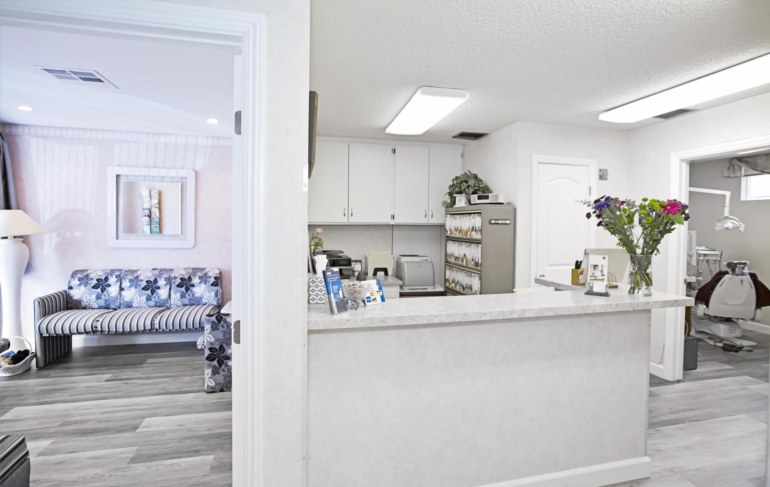 Simi Smile Studio | Simi Valley Dentist