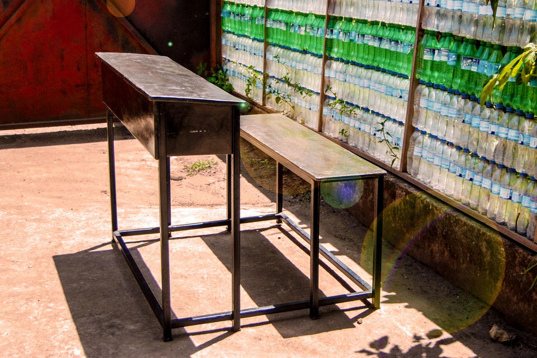 Greenwood desks are 10x mroe durable & an environmentally friendly alternative to wooden school desks