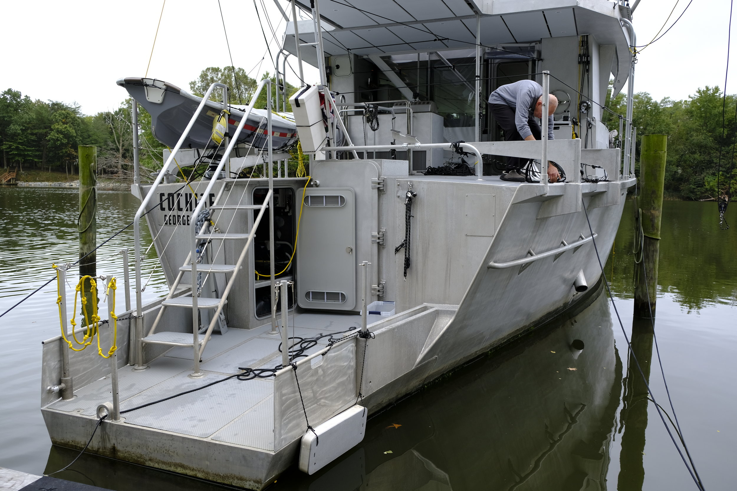 The multi-purpose stern offer great utility, with several boarding options, watertight doors into storage lockers and engine room/workshop access, and handling large fish caught offshore. The narrow stern allows following seas to pass by without forcing the bow down into waves, keeping the boat on track.