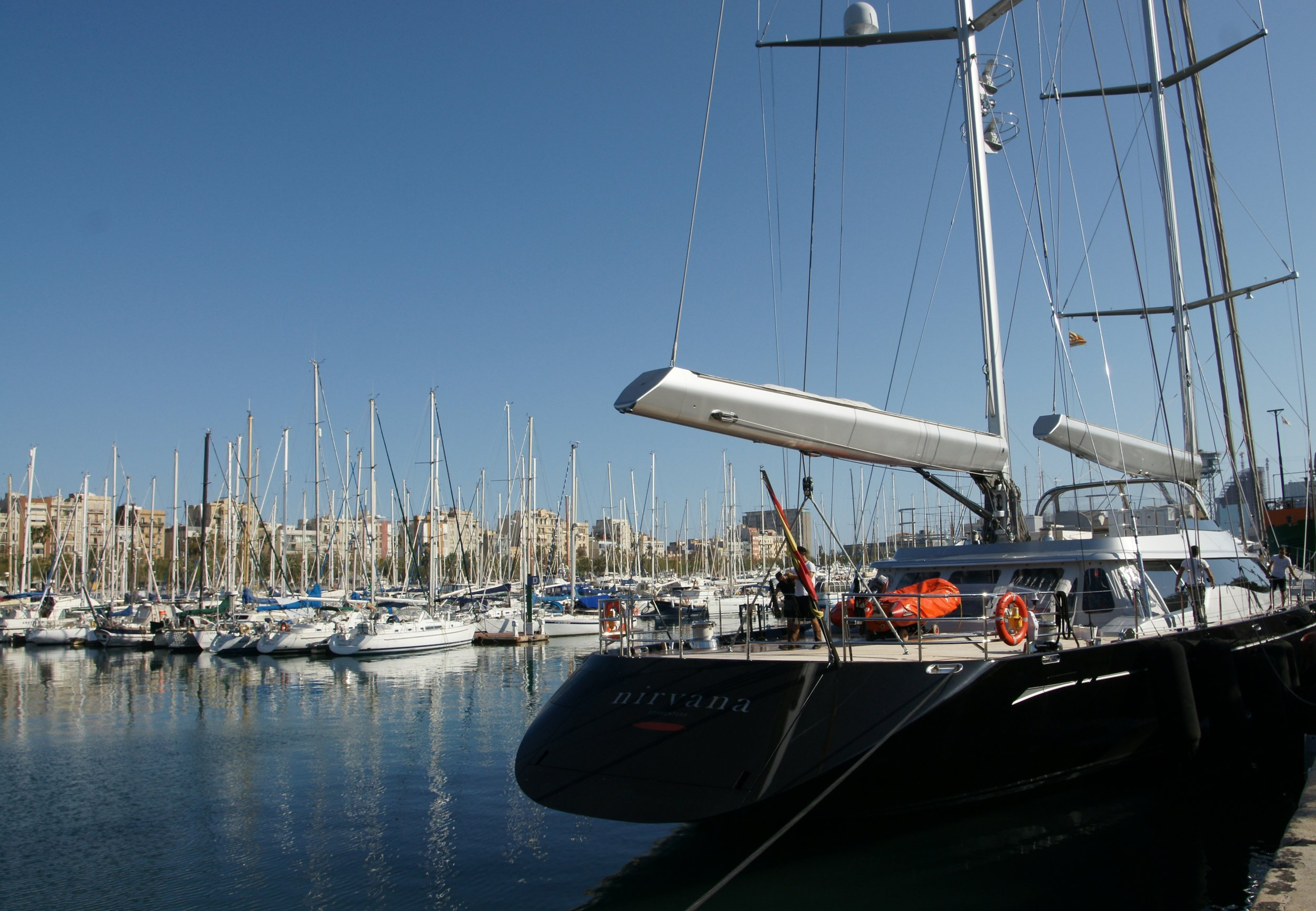 Barcelona's Marina Port Vell is a popular location to spend the winter months. Image by Böhringer Friedrich.
