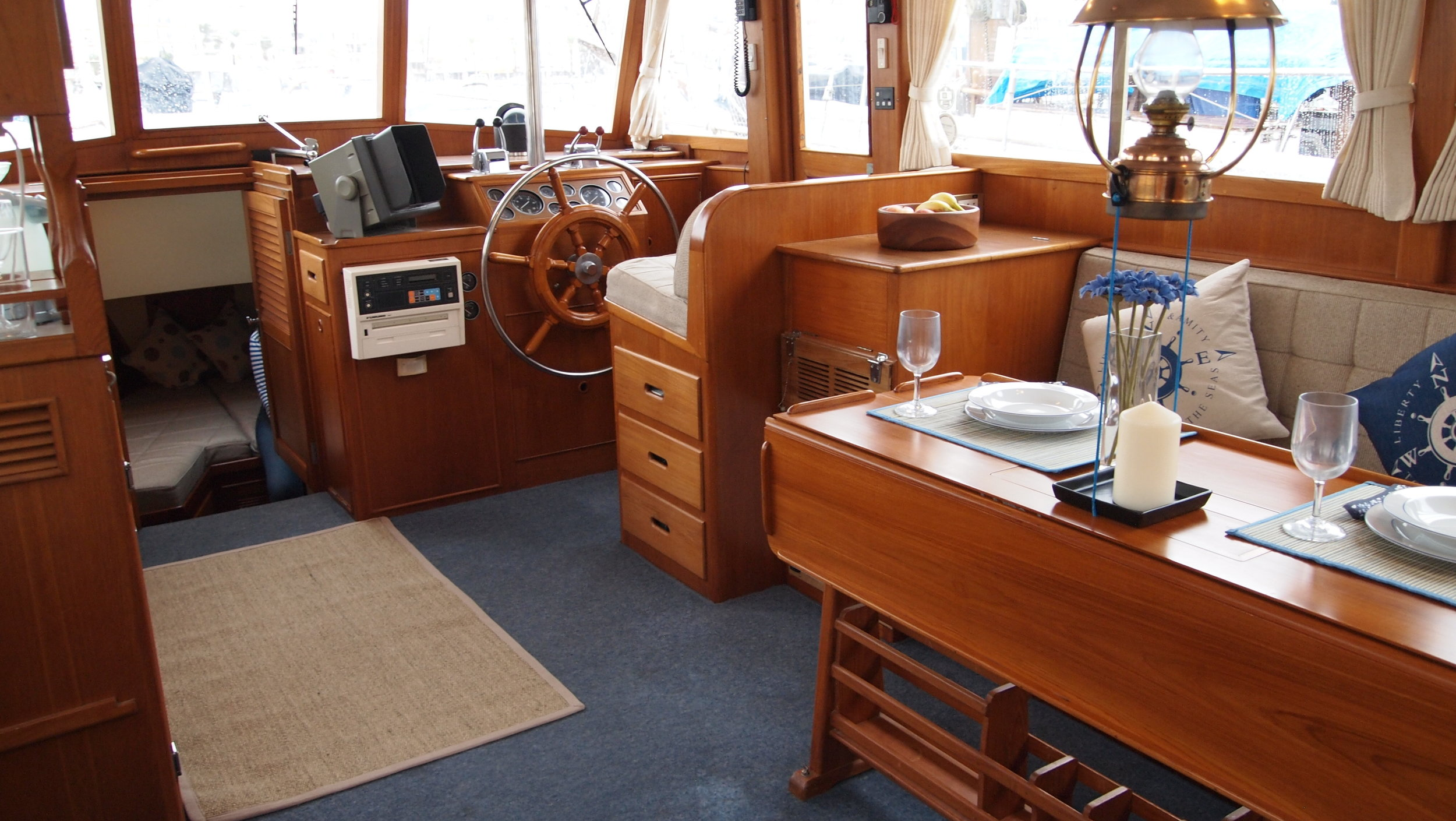 A Grand Bank helm seat on a 42 Classic.