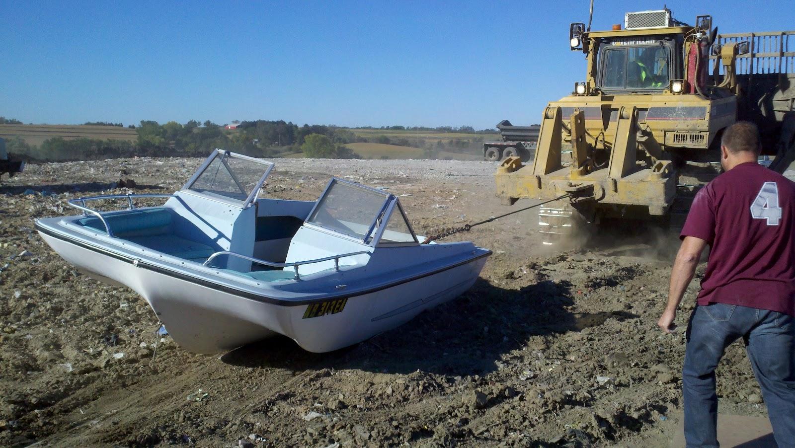 tired old boat.jpg